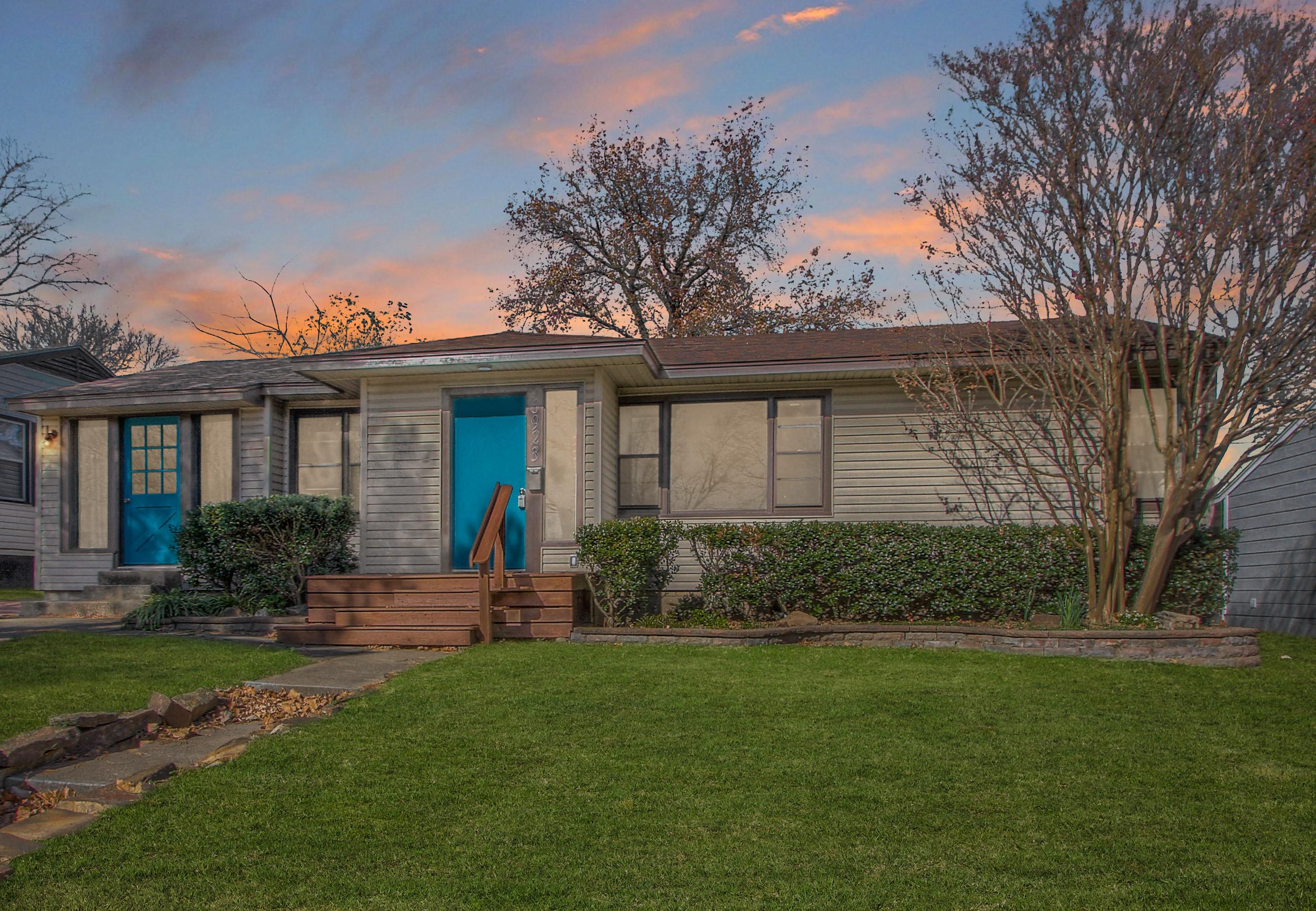6923 E 8th Street Property Photo