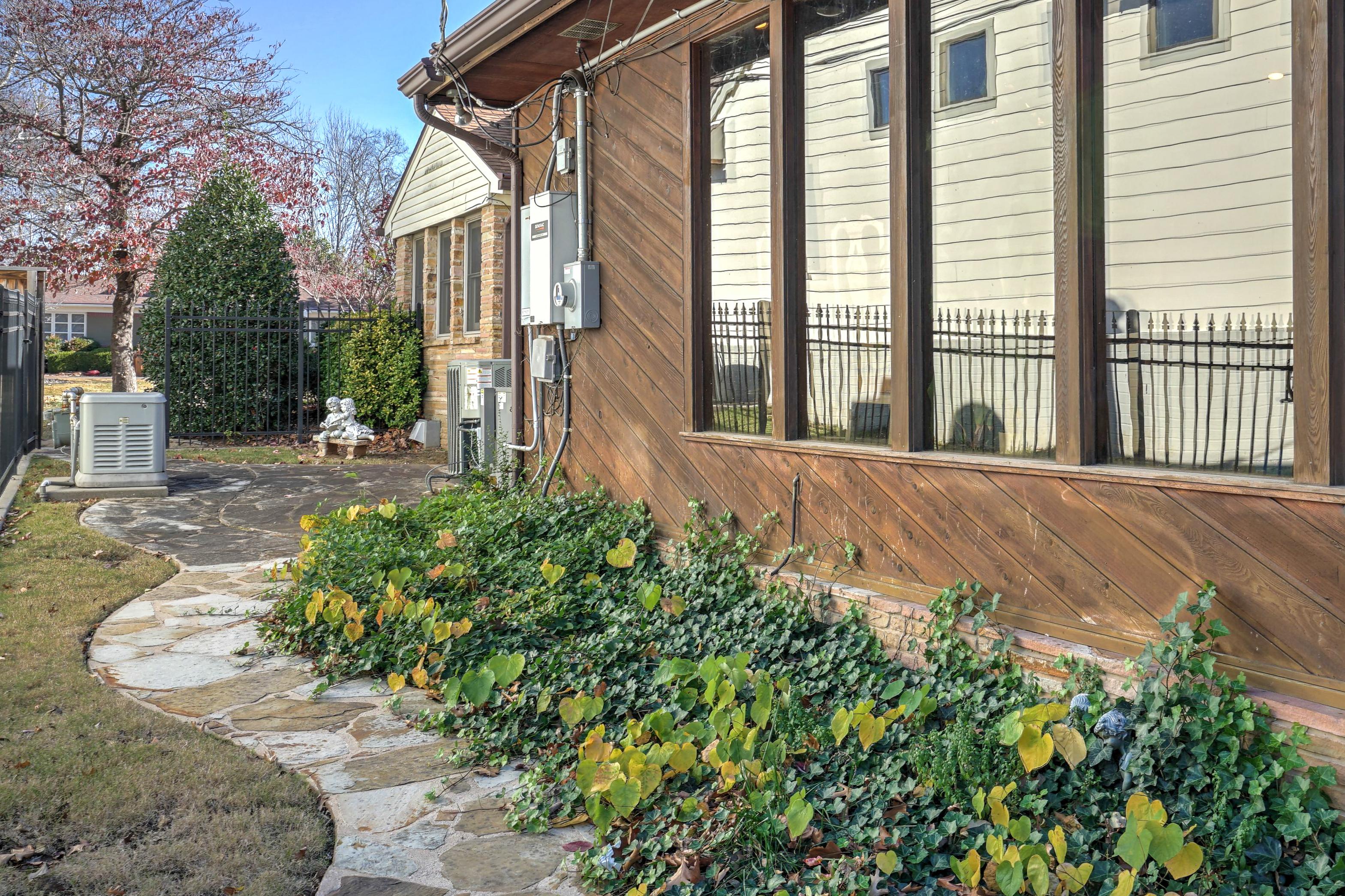 3848 S Utica Avenue Property Photo 39