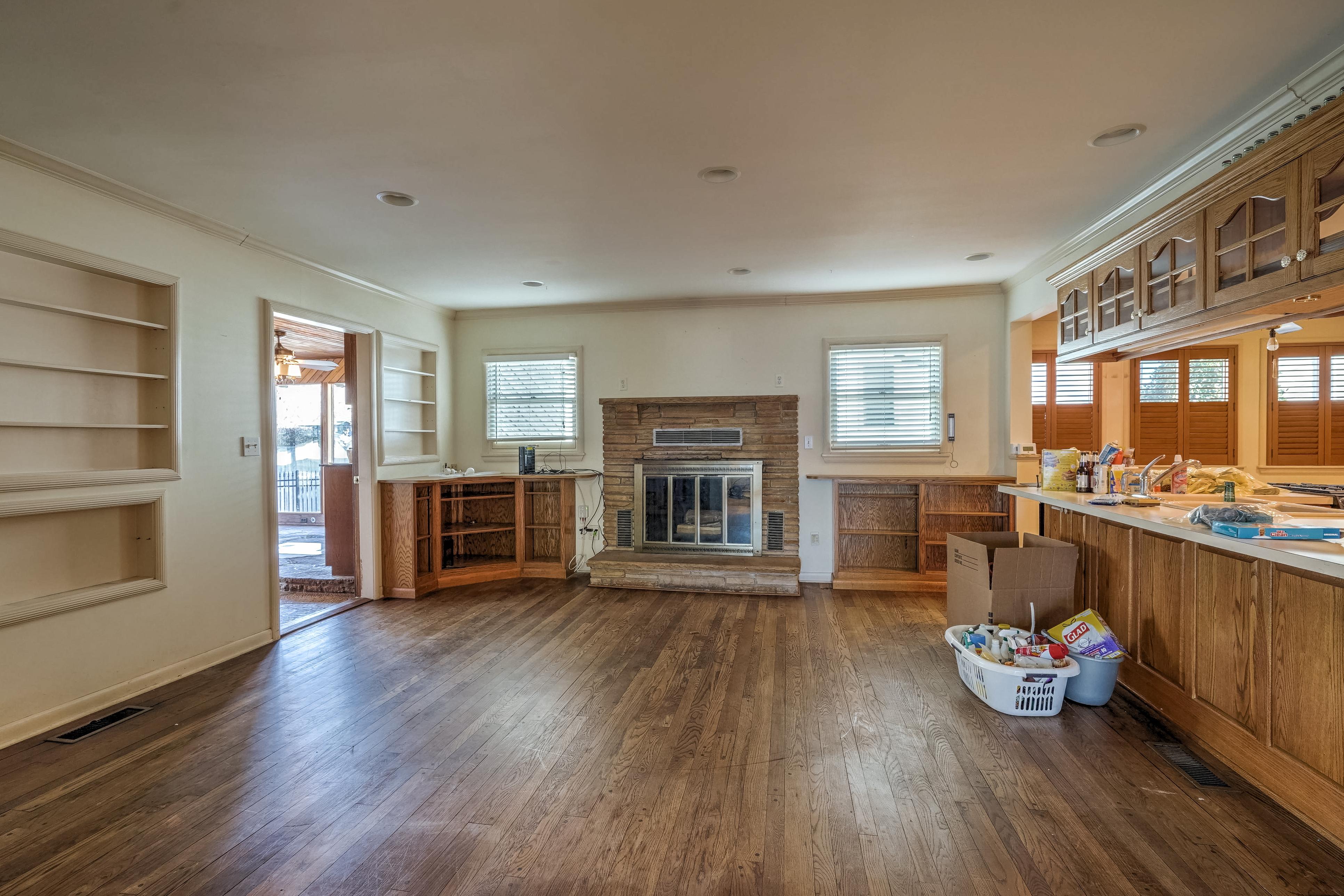 3848 S Utica Avenue Property Photo 17