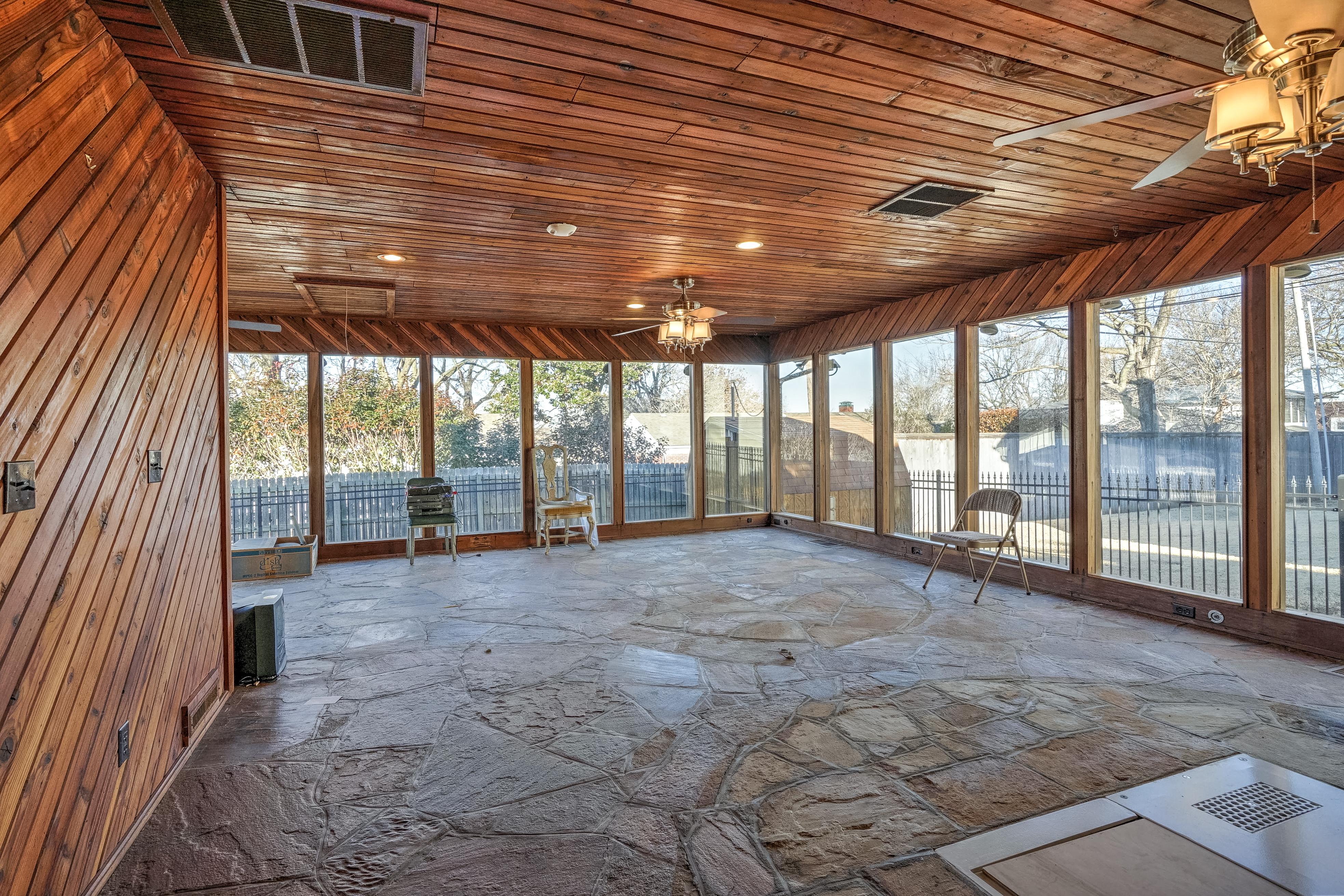 3848 S Utica Avenue Property Photo 20