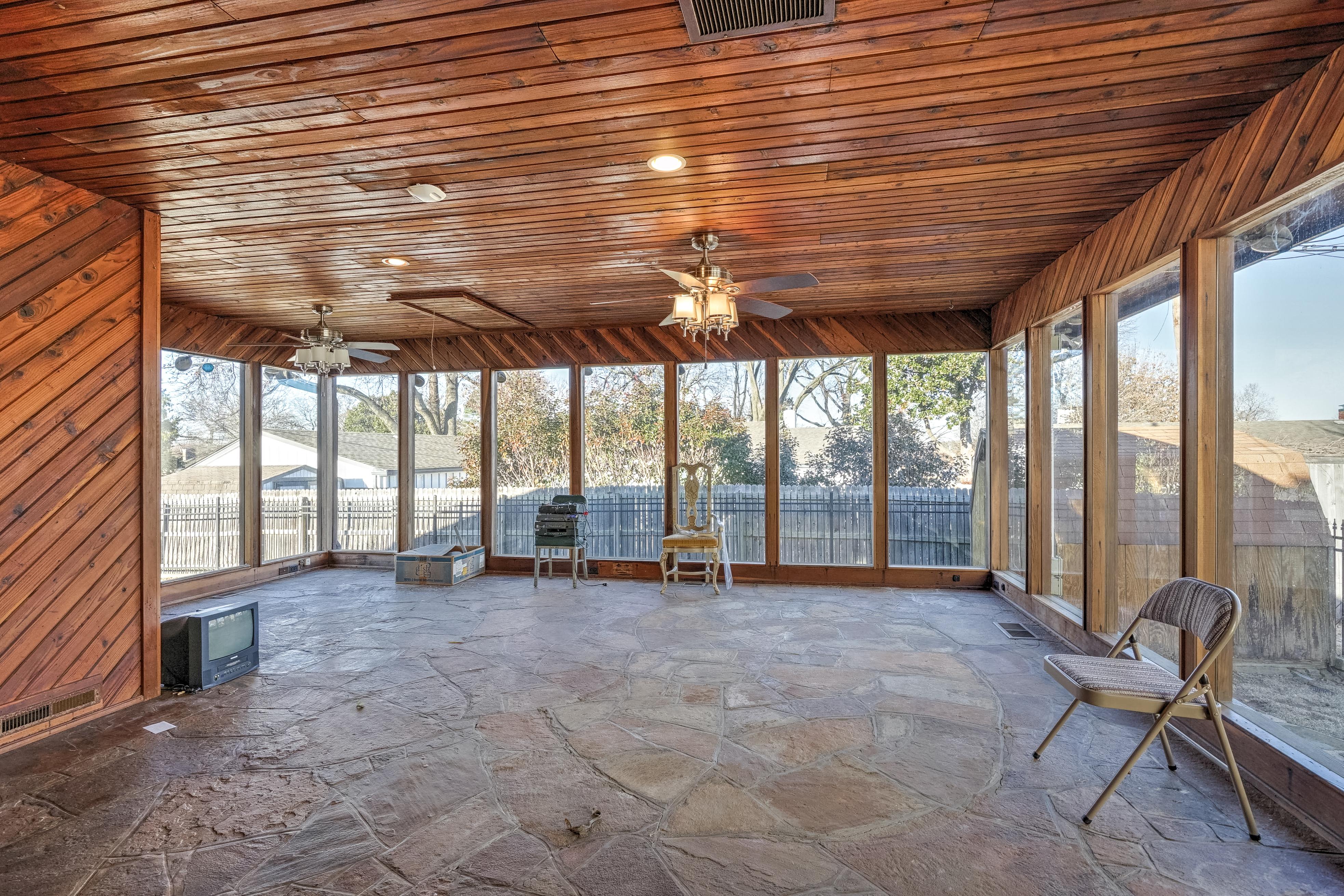 3848 S Utica Avenue Property Photo 21
