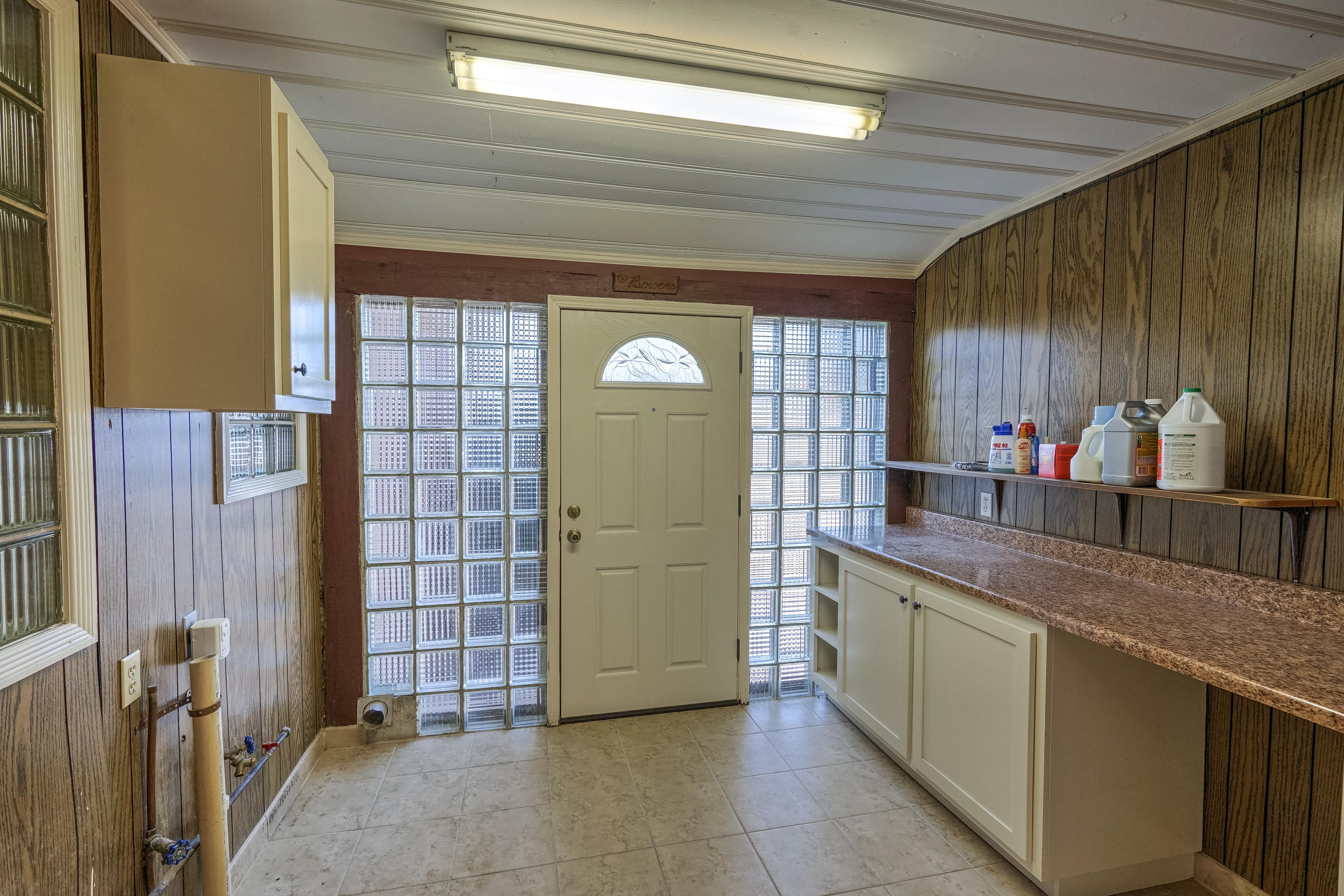 3848 S Utica Avenue Property Photo 27