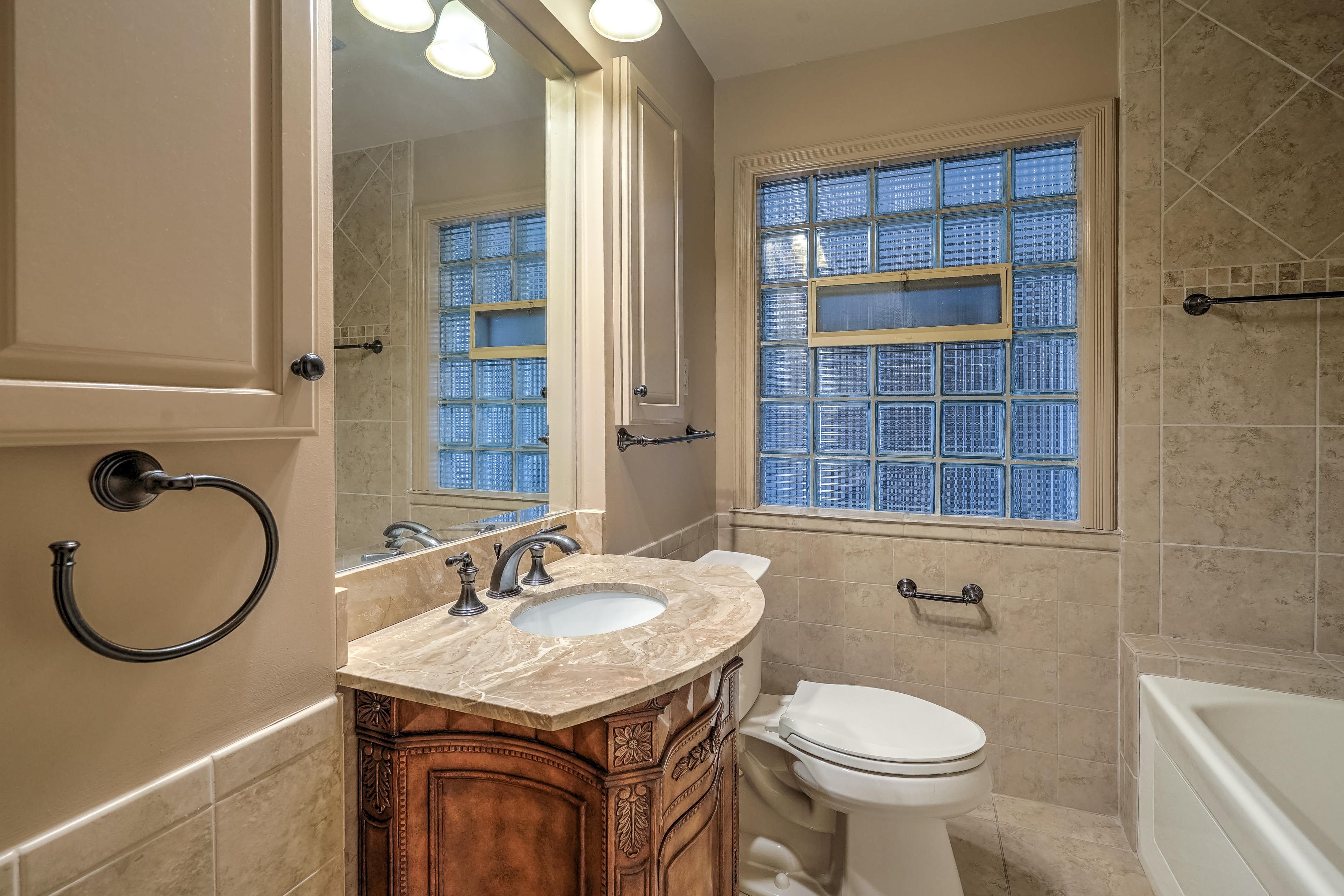 3848 S Utica Avenue Property Photo 33
