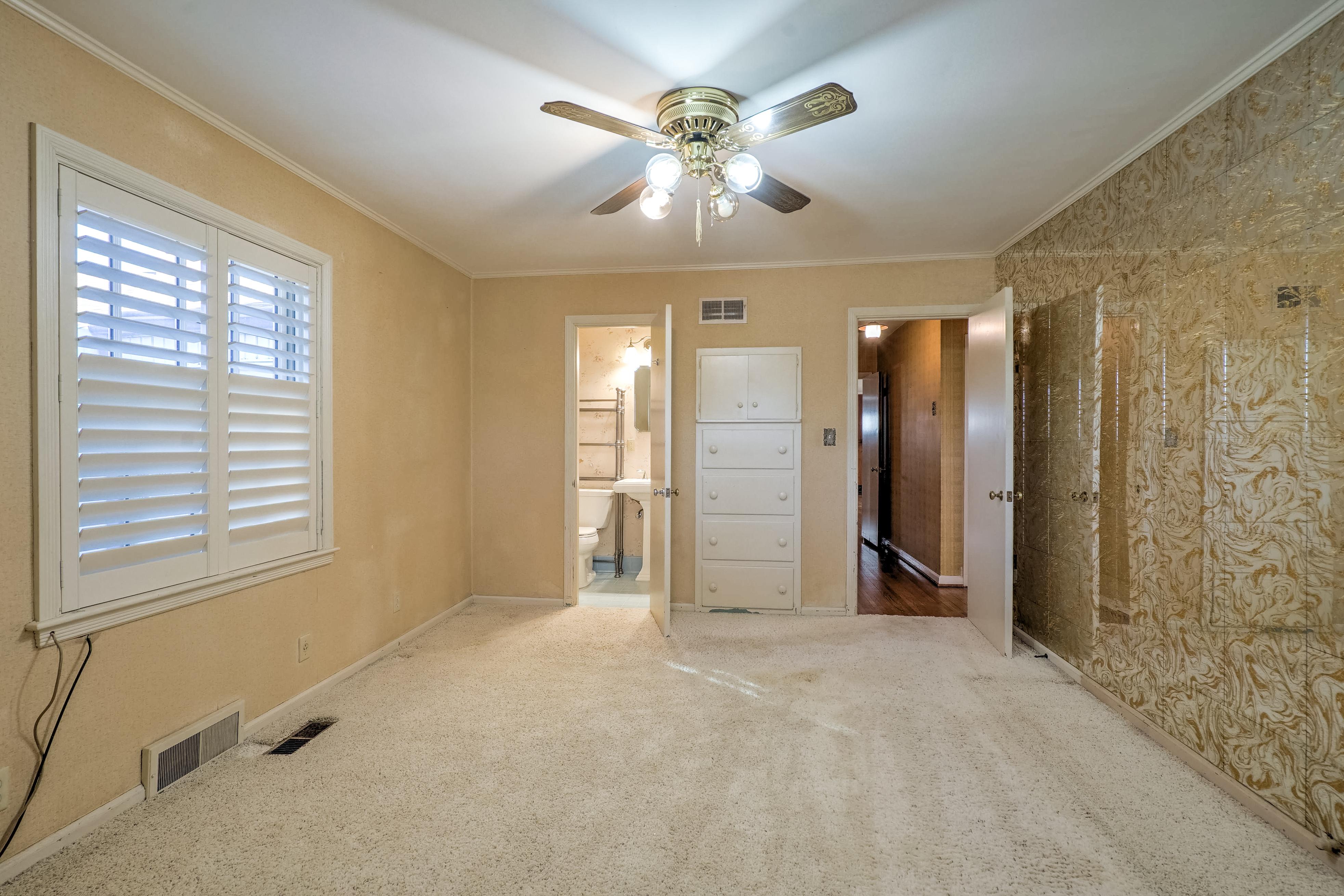 3848 S Utica Avenue Property Photo 29