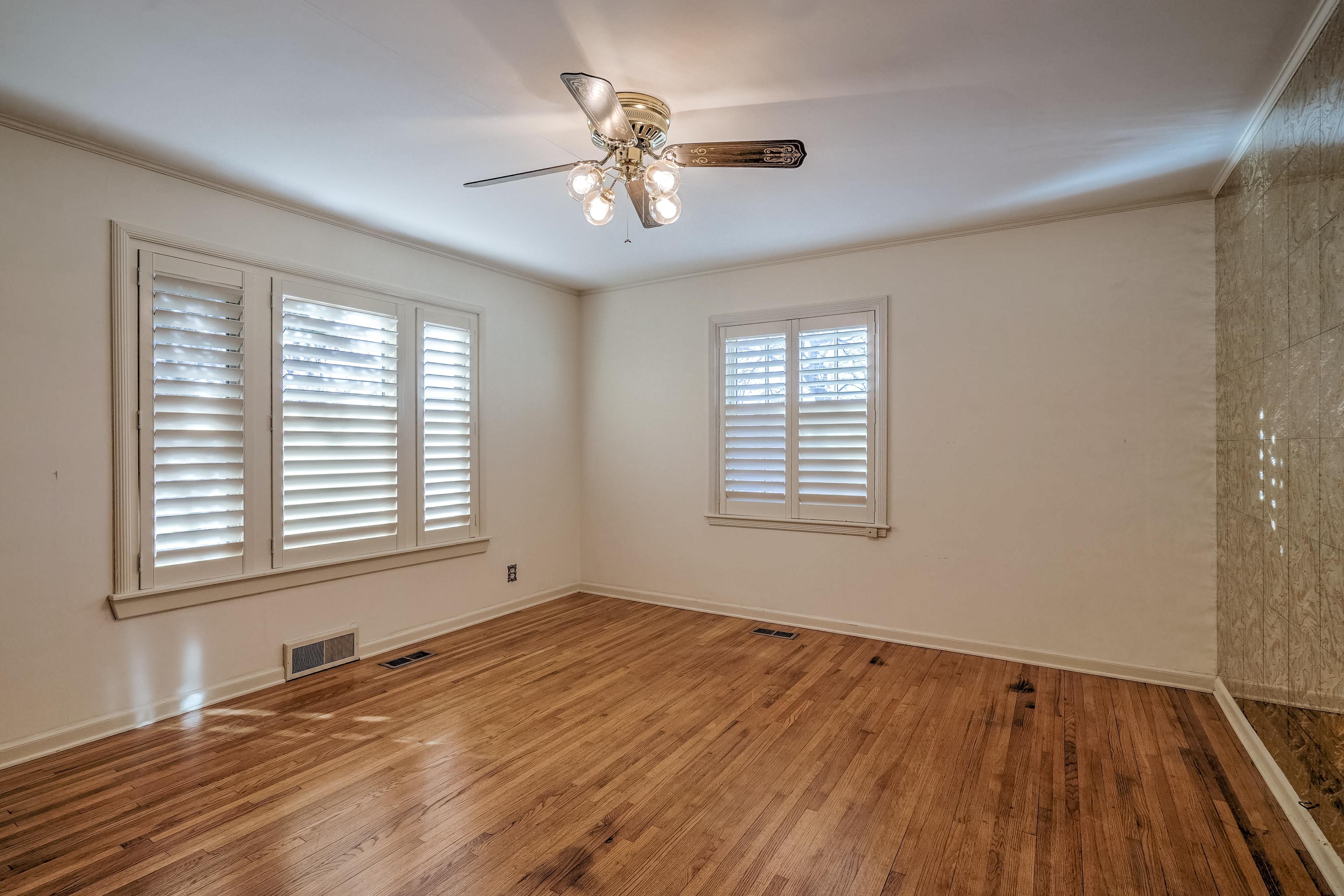3848 S Utica Avenue Property Photo 31