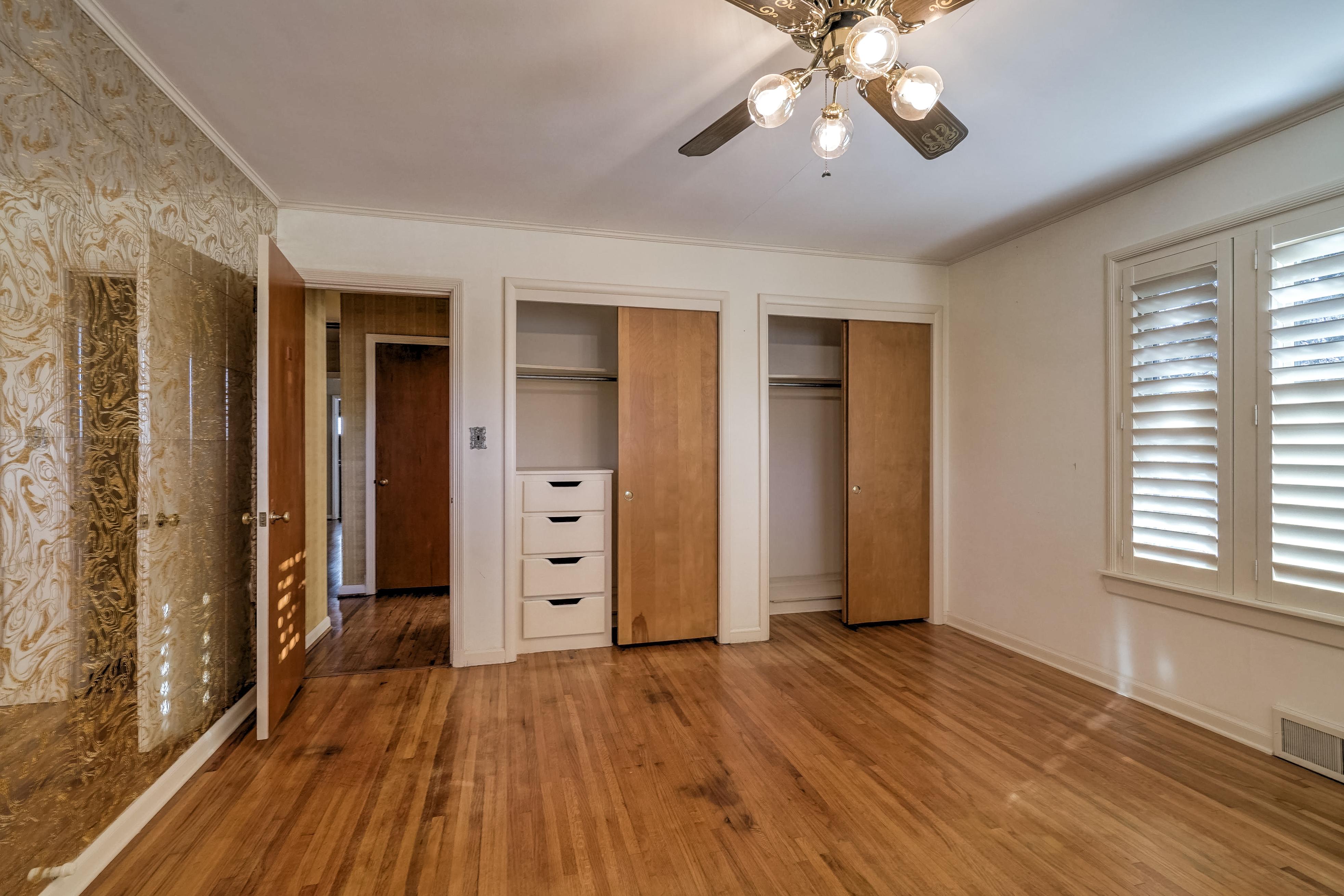 3848 S Utica Avenue Property Photo 32