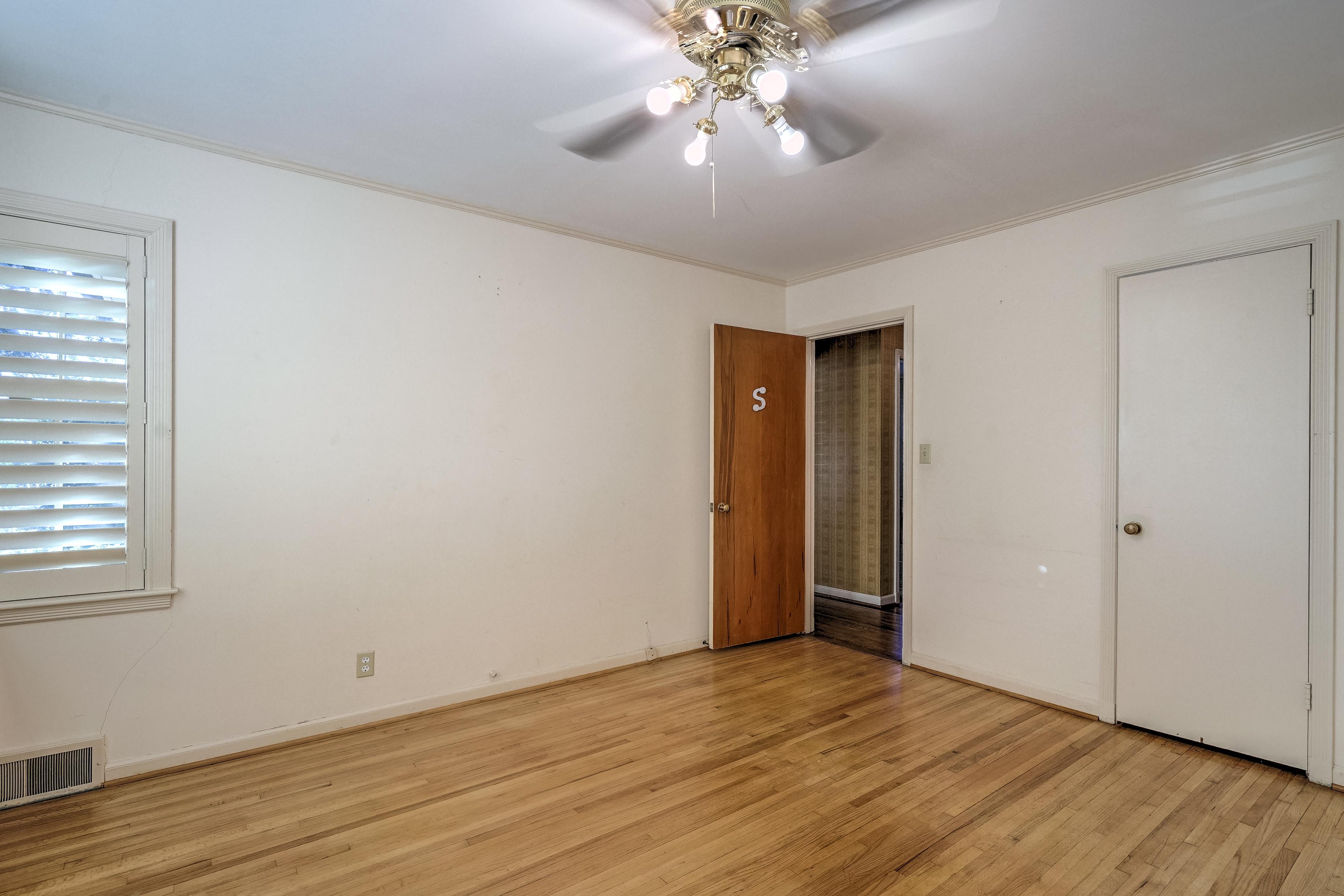 3848 S Utica Avenue Property Photo 36