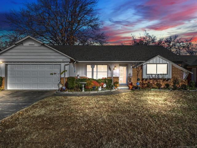 9015 E 34th Street Property Photo