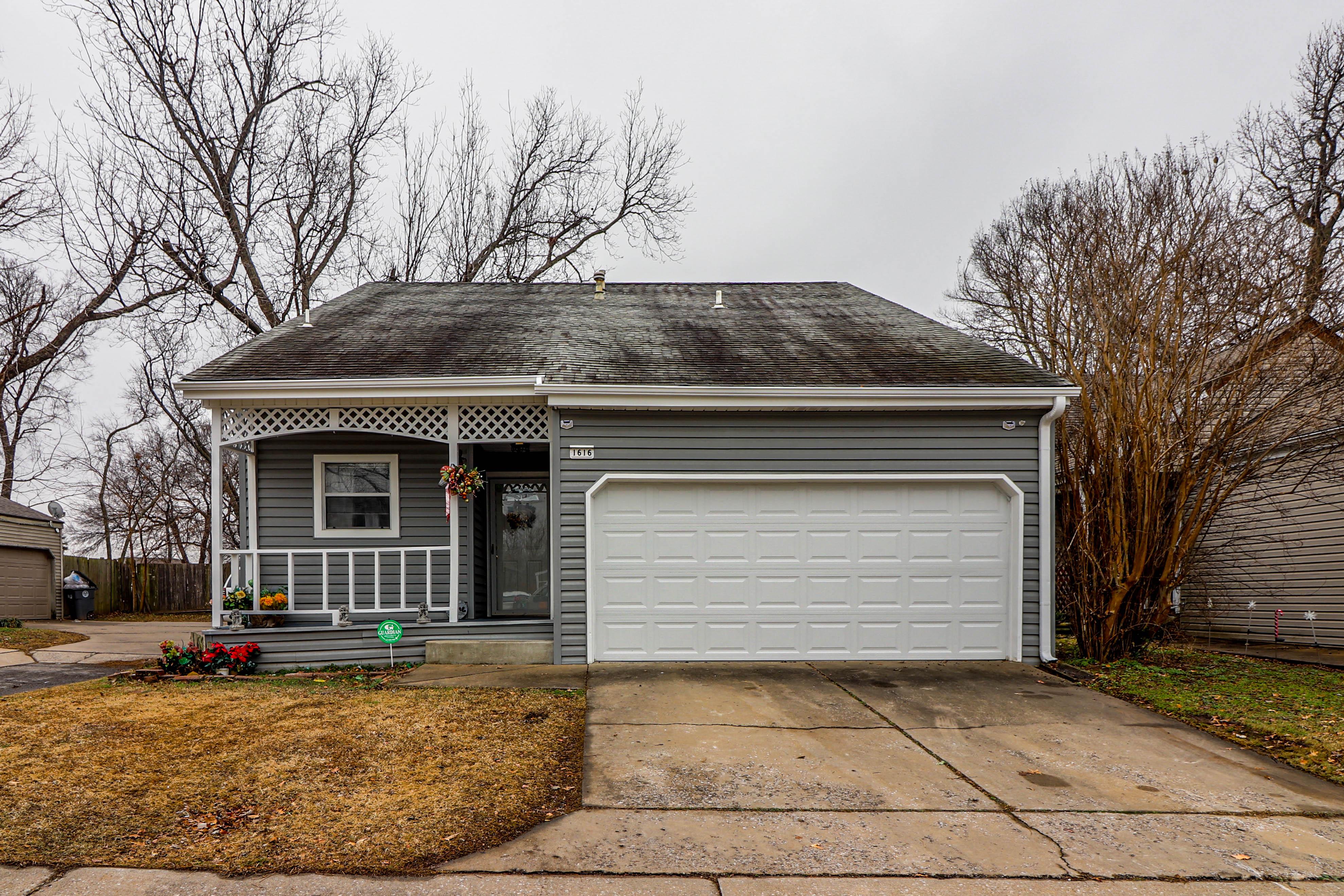 1616 E 66th Street Property Photo