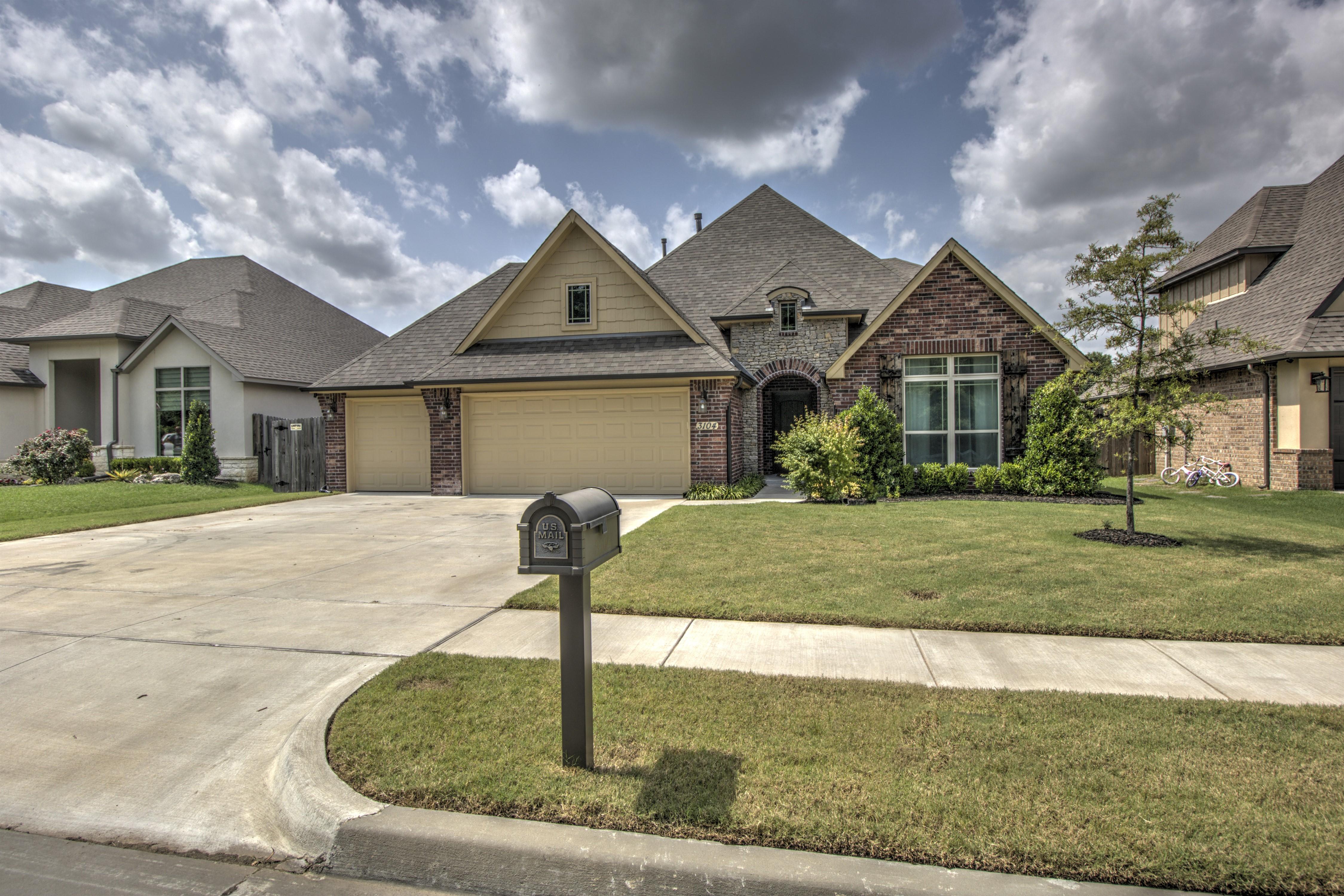 3104 W Edgewater Street Property Photo