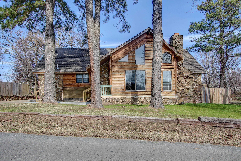 305 Wheeler Street Property Photo