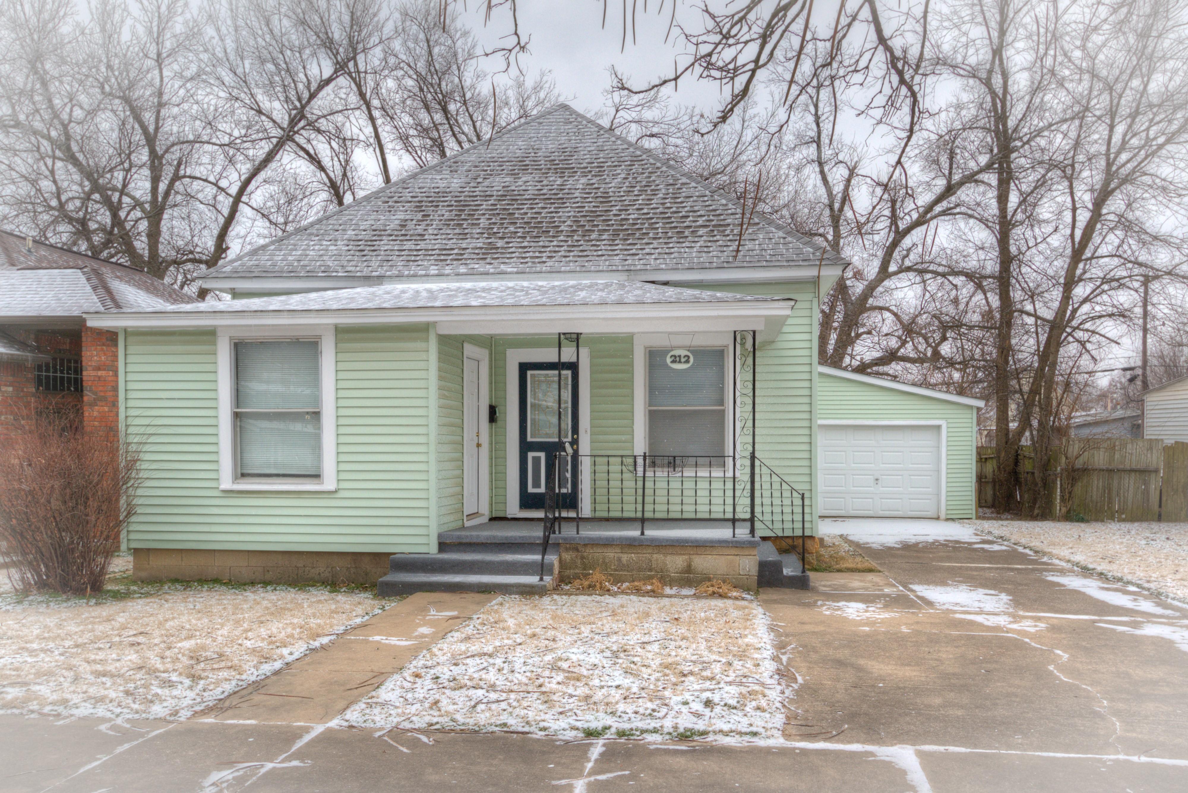 212 W Mckinley Avenue Property Photo