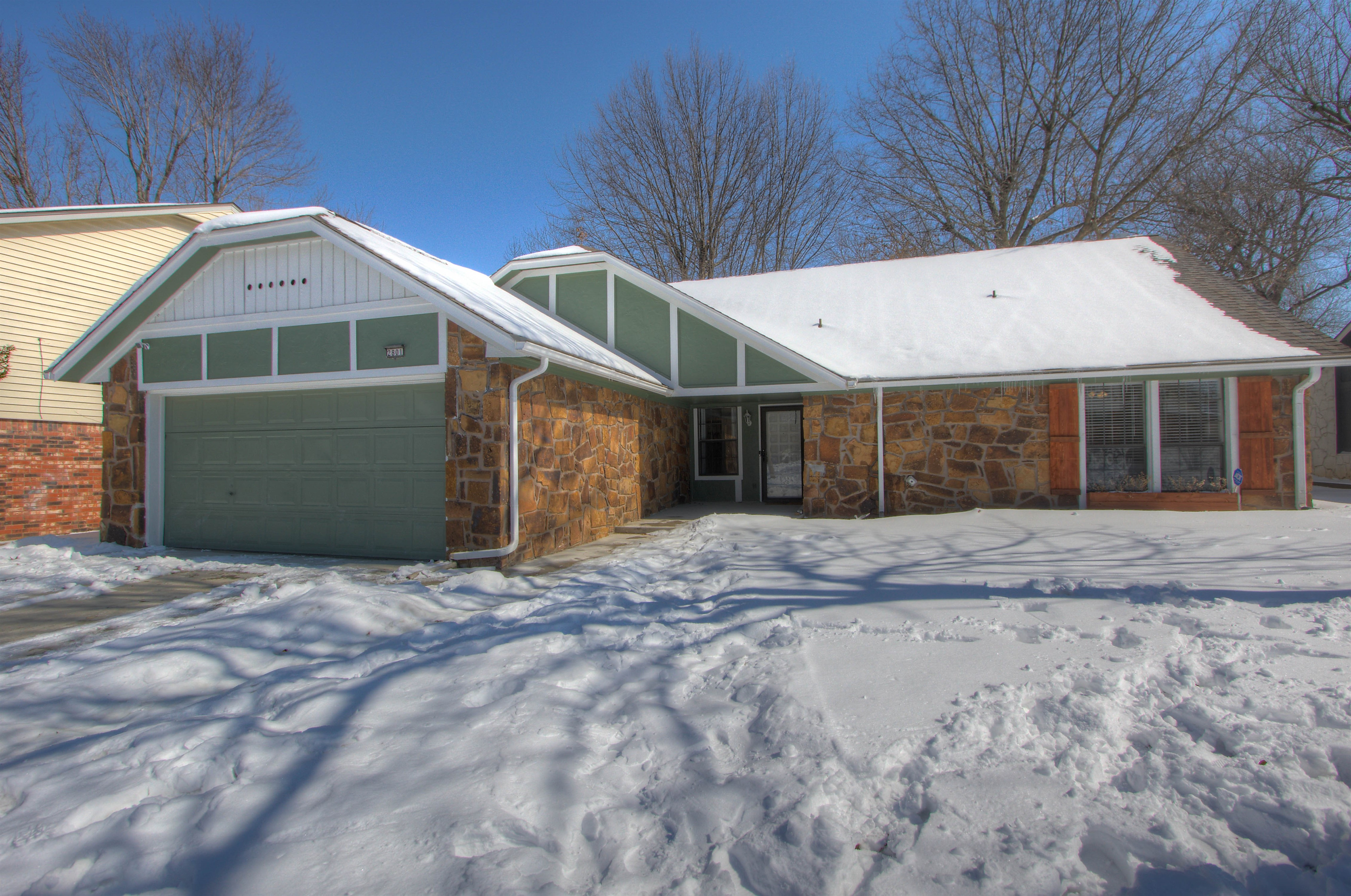 2801 S Chestnut Avenue Property Photo