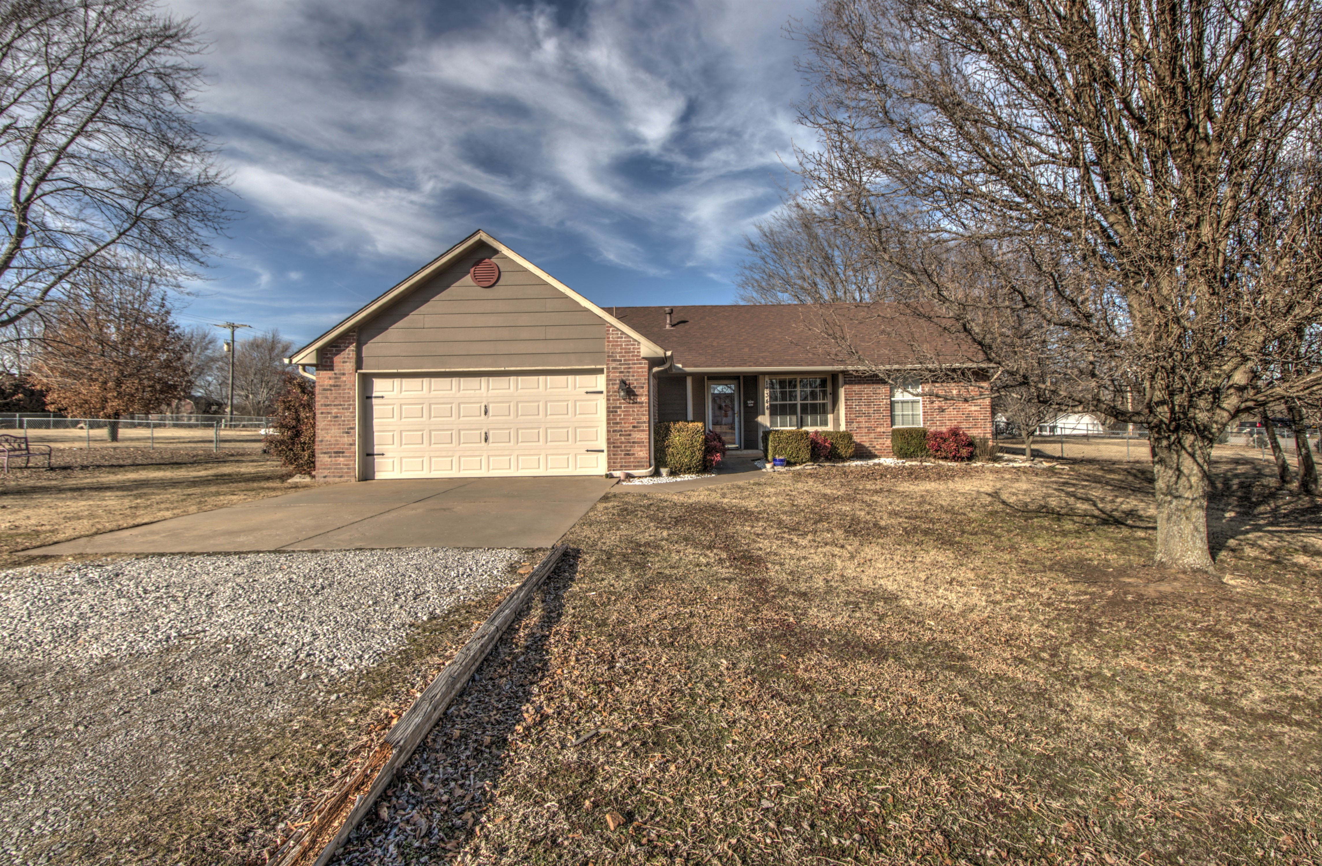 18344 S Cedar Ridge Road Property Photo