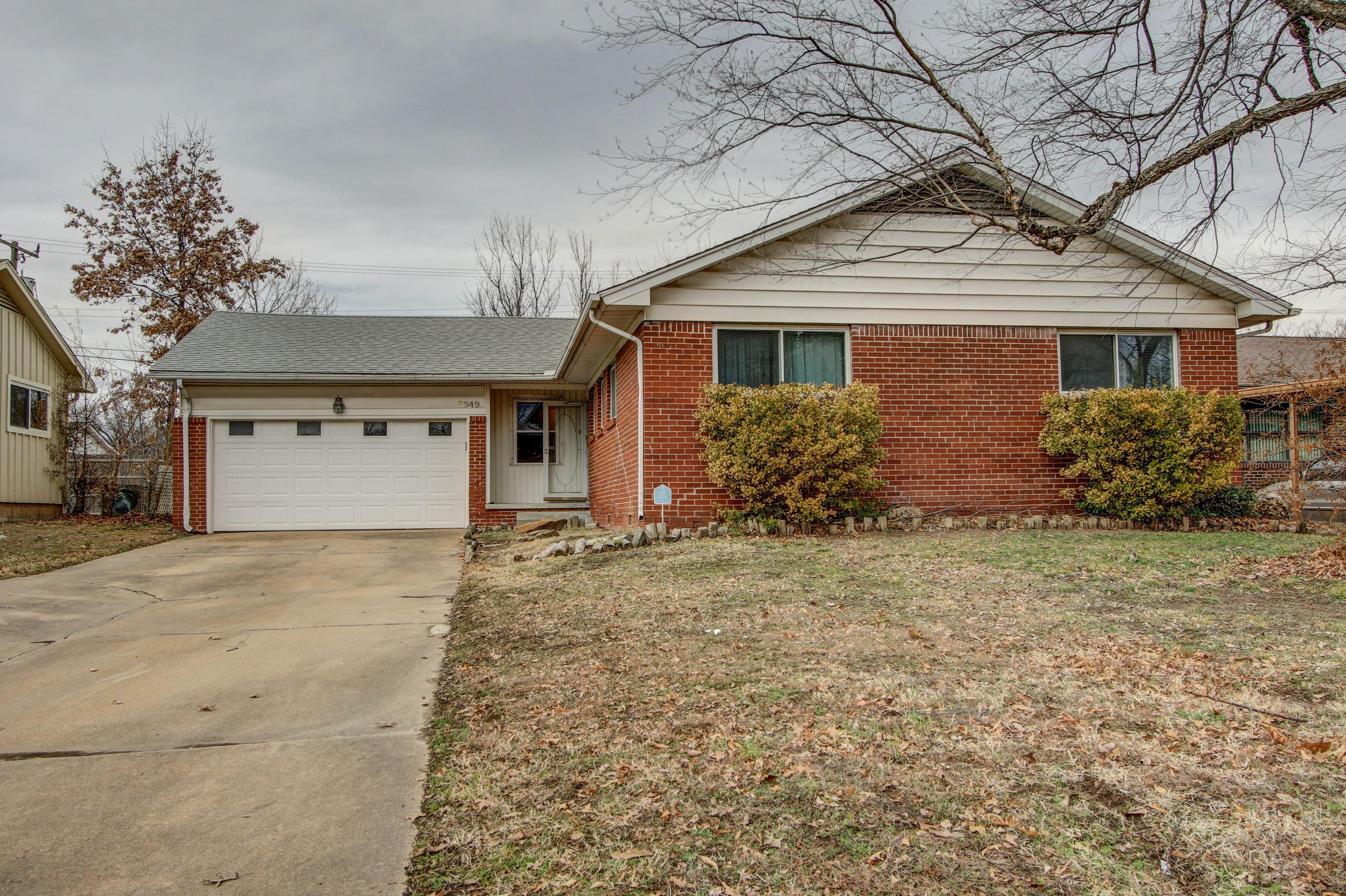 5949 E 24th Place Property Photo