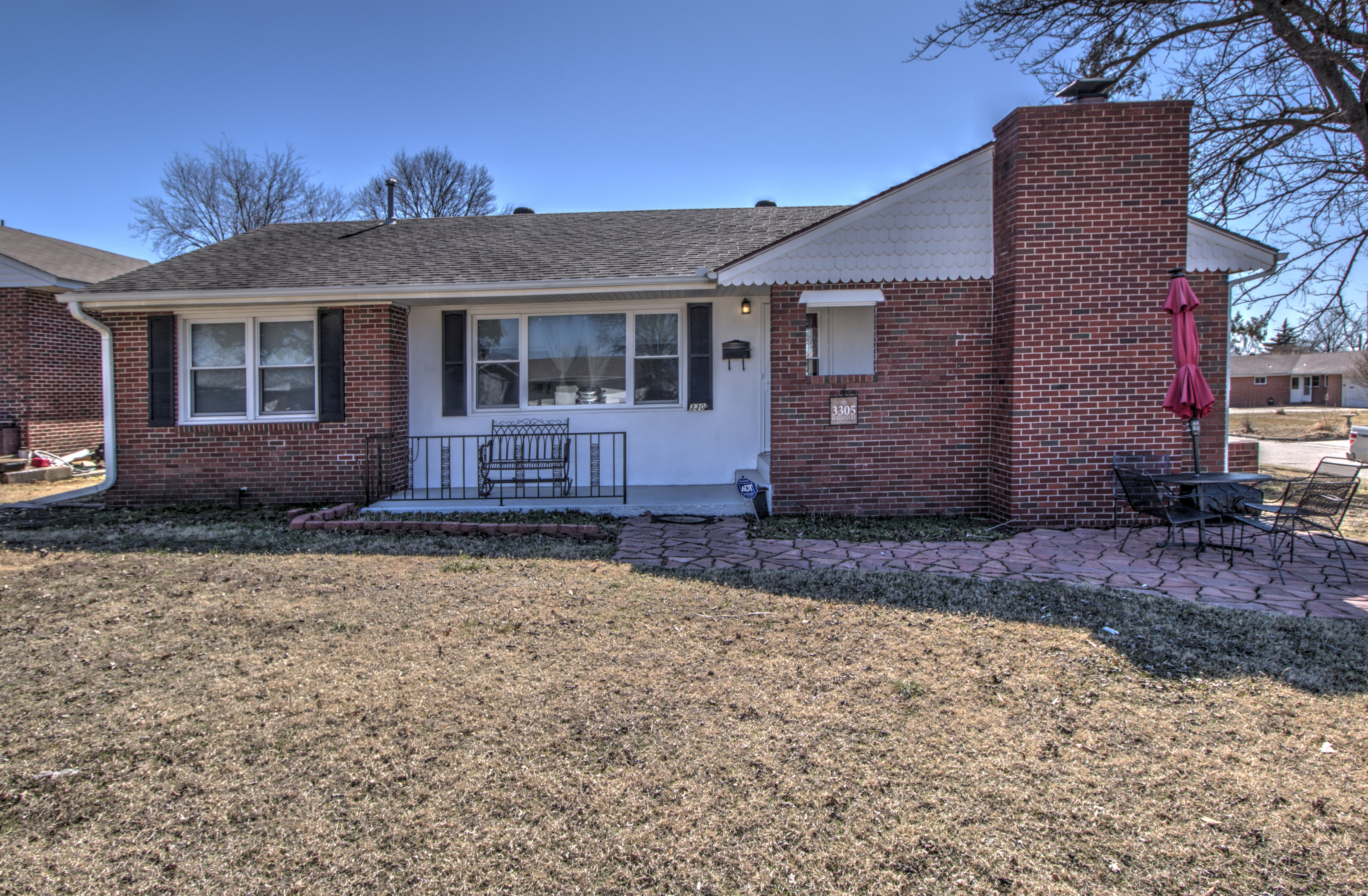 3305 Se Kentucky Street Property Photo