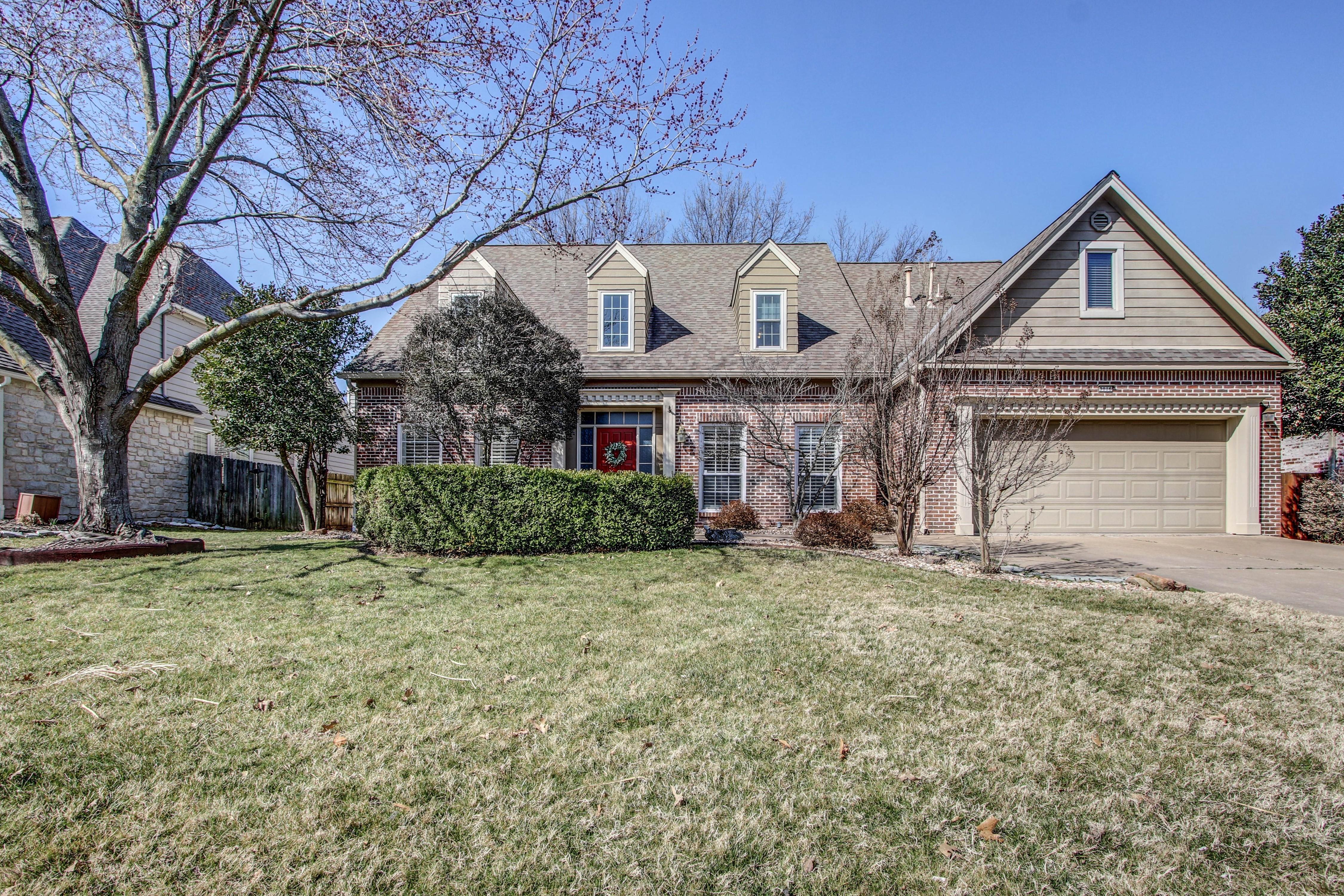 9016 S Fulton Avenue Property Photo