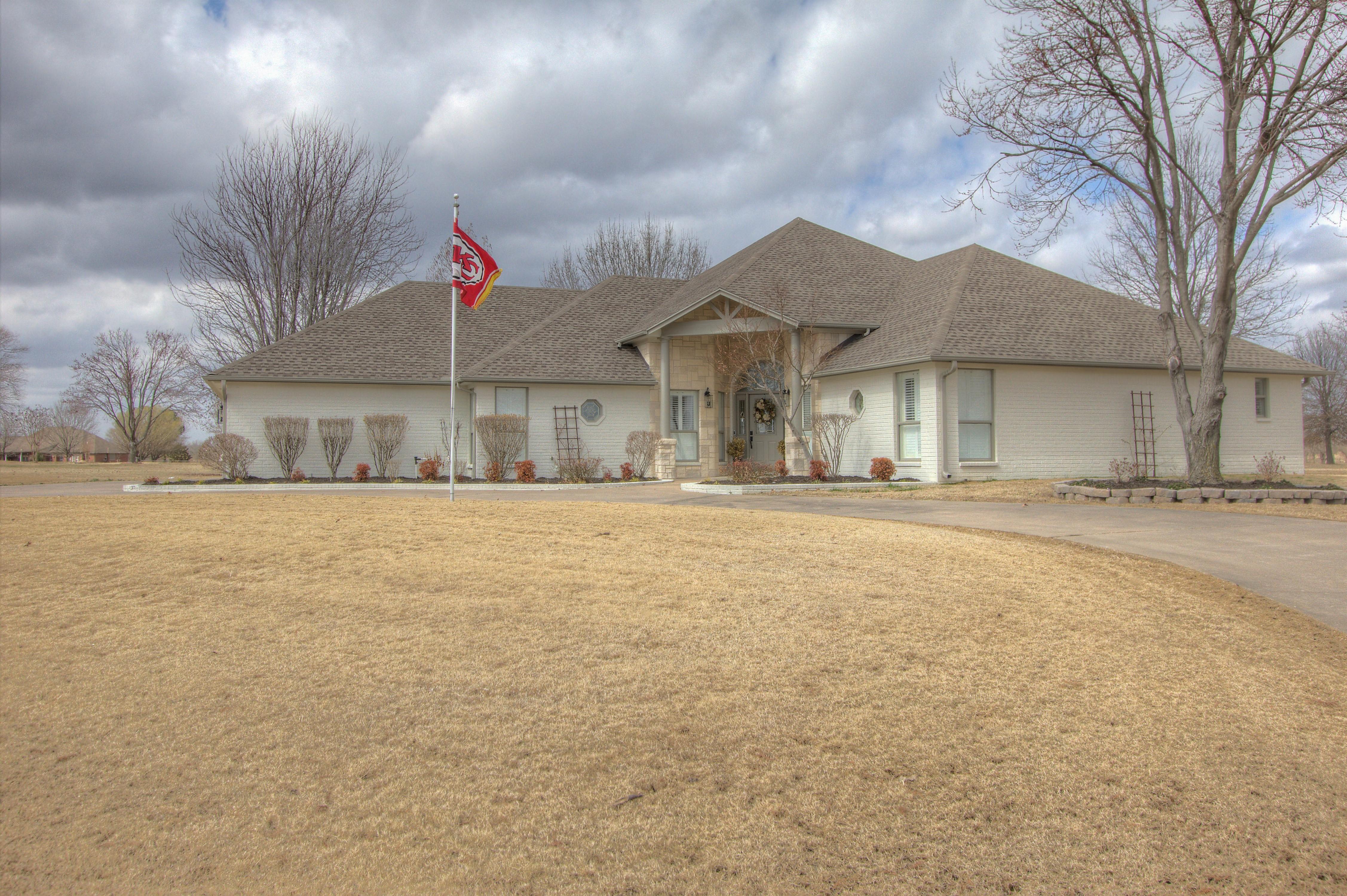 4200 Eaglecrest Drive Property Photo 1