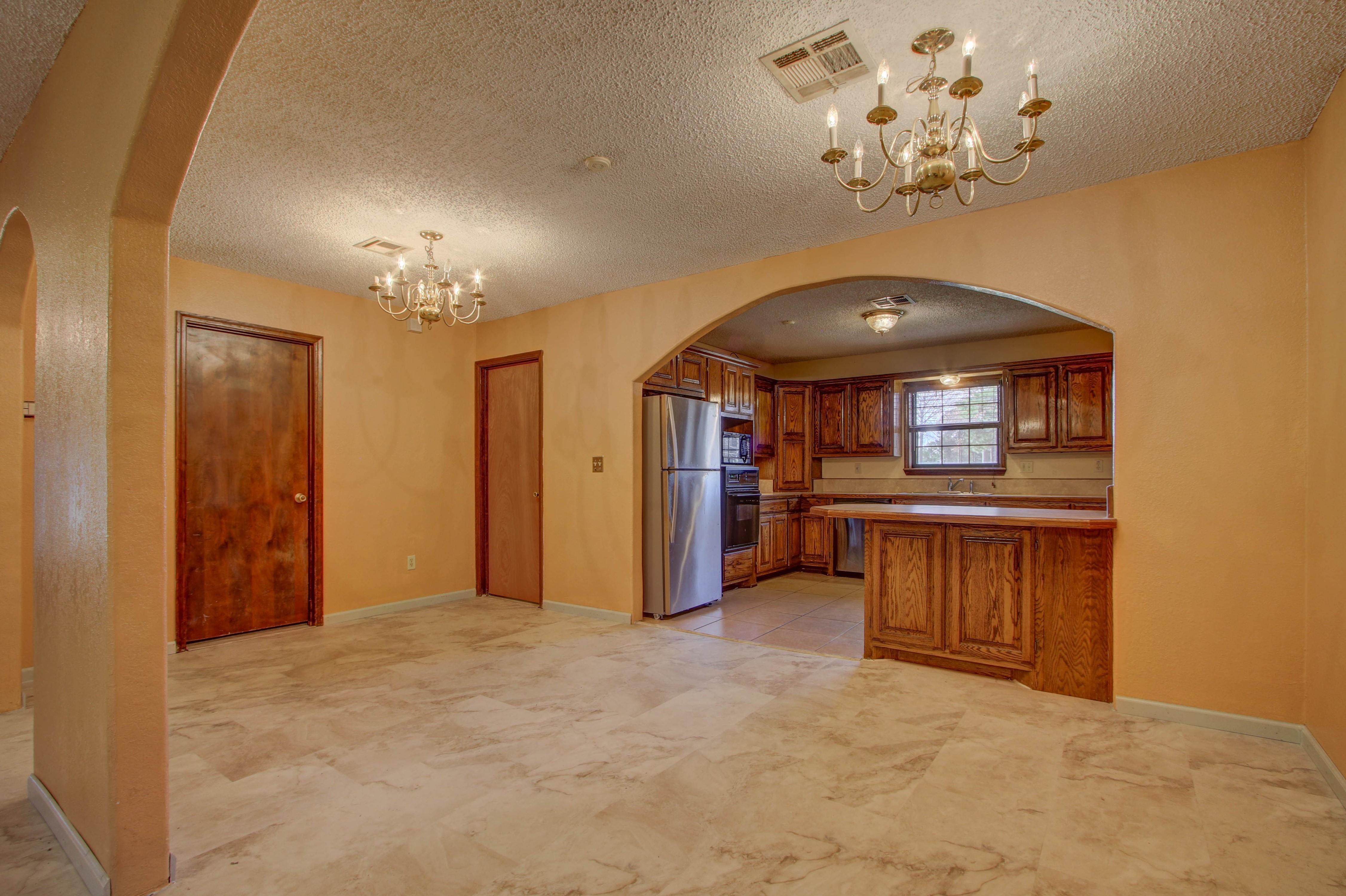 2508 White Avenue Property Photo 9