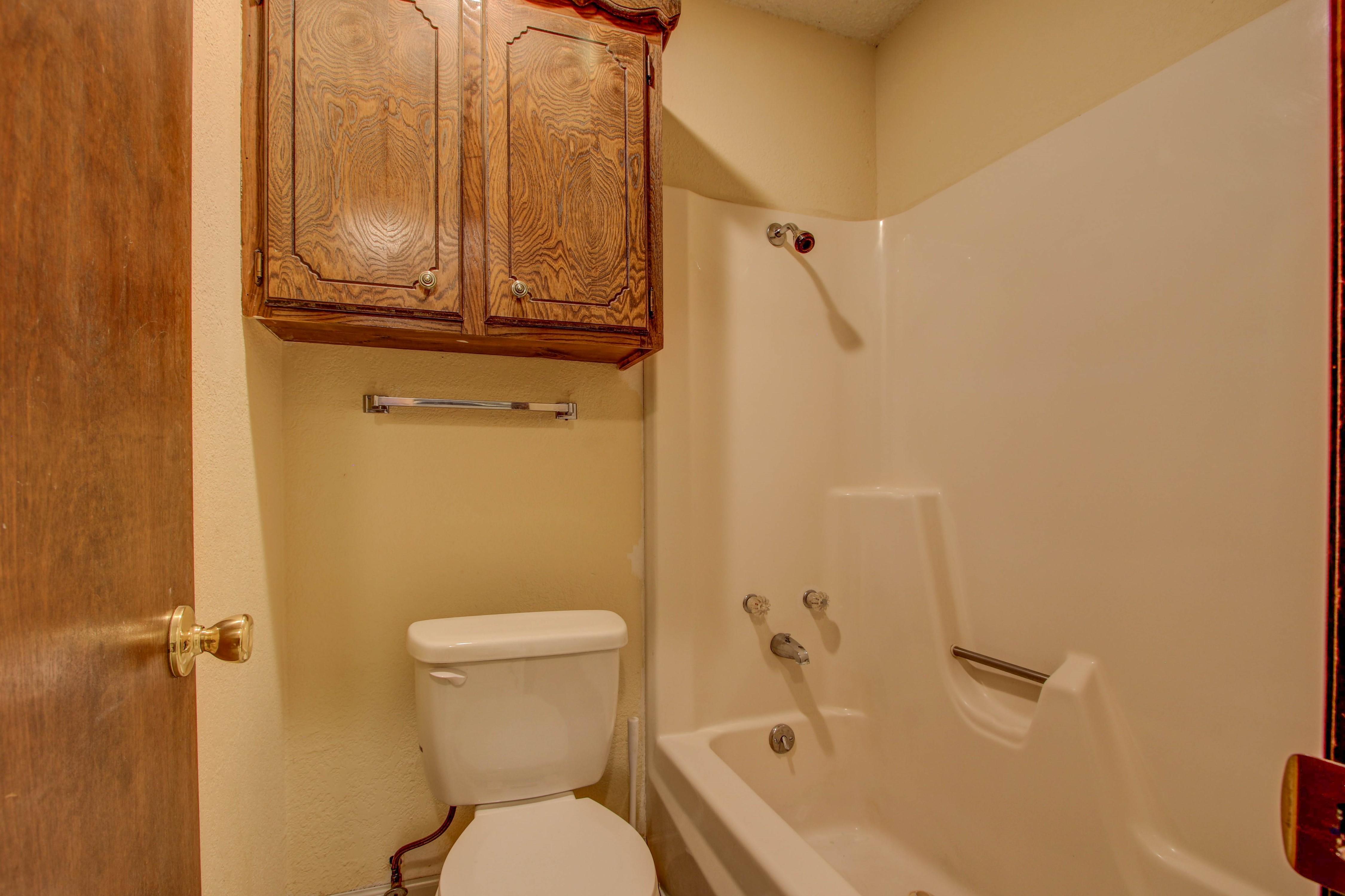 2508 White Avenue Property Photo 17