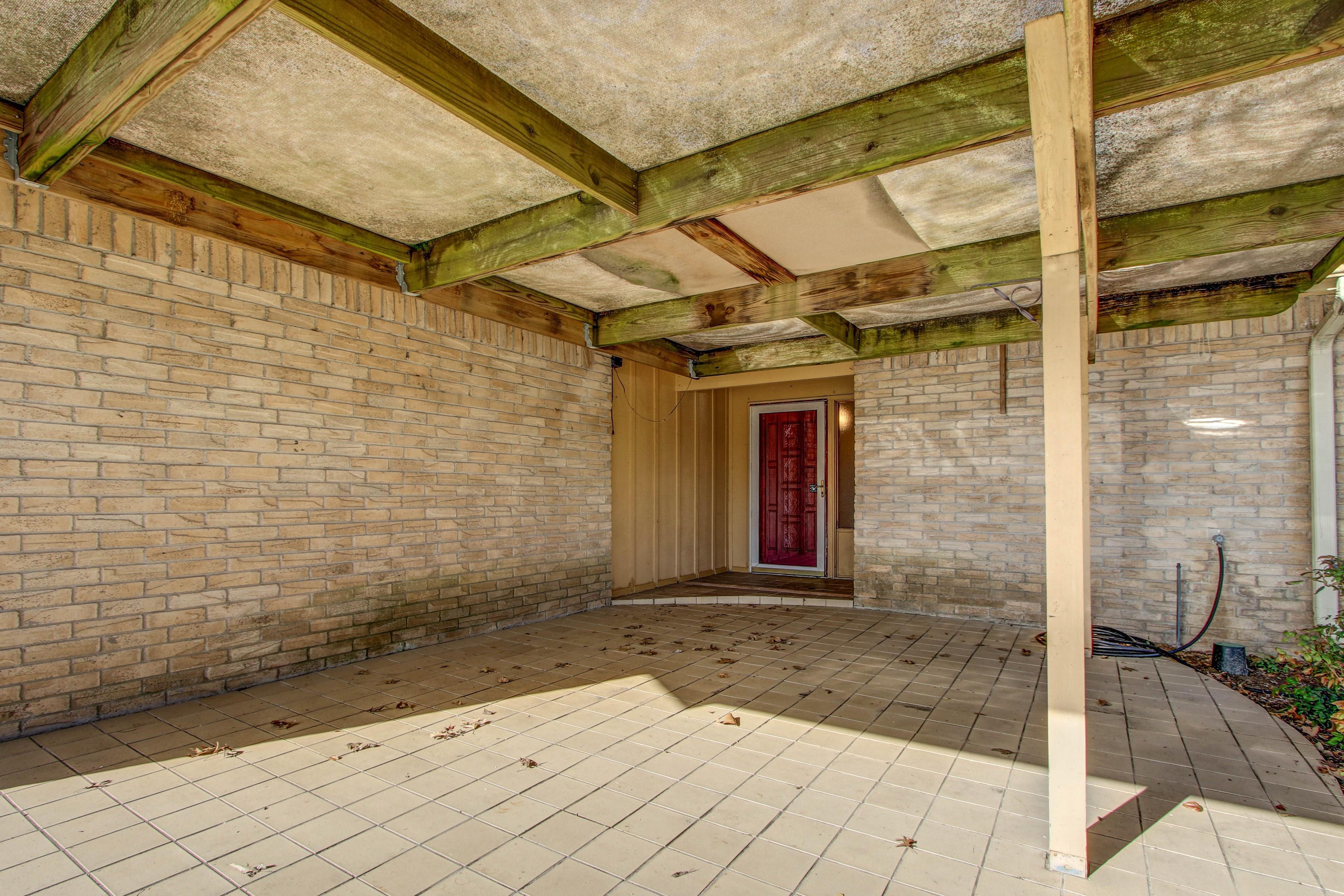 2508 White Avenue Property Photo 5