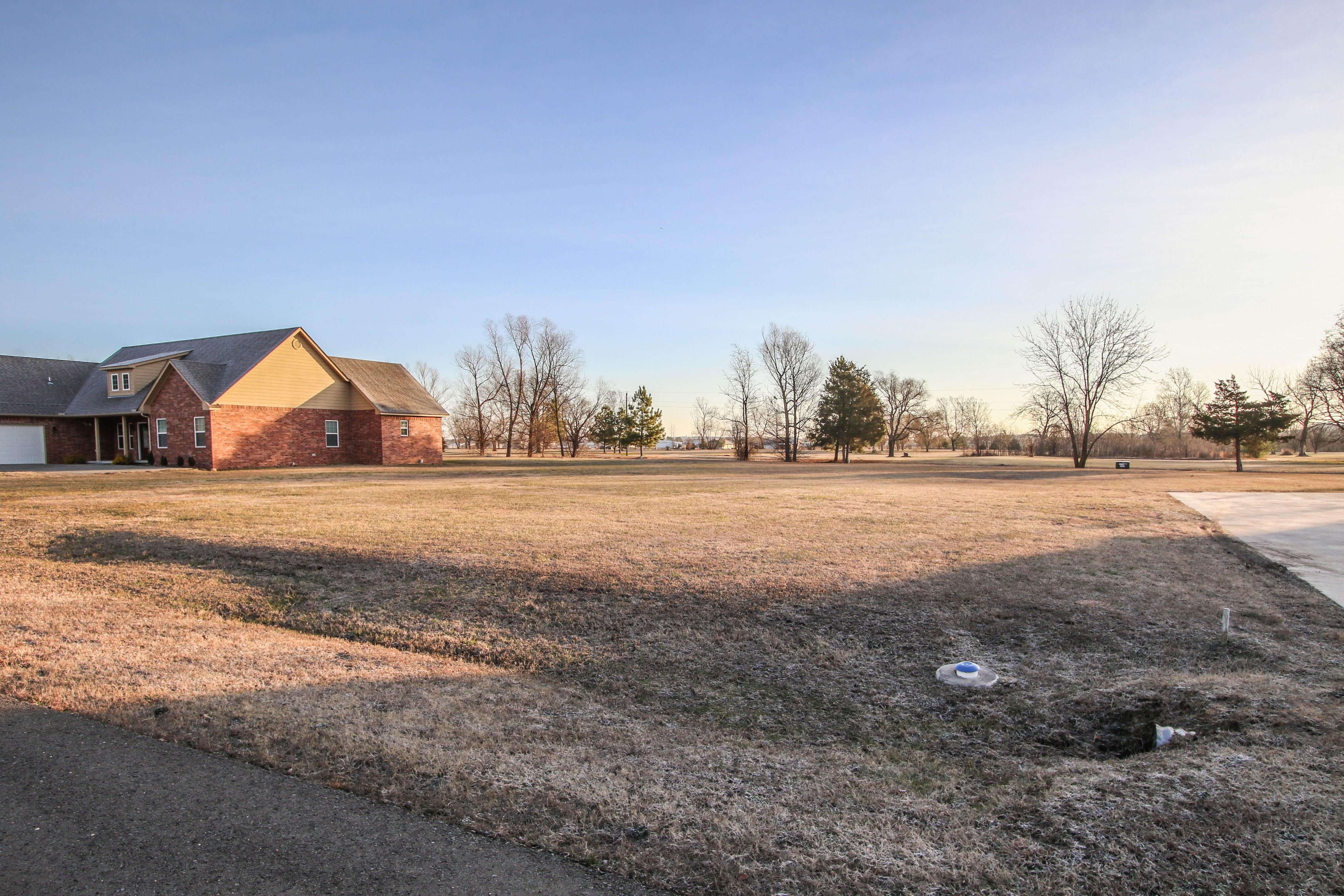 855 N Windle Lane Property Photo 19