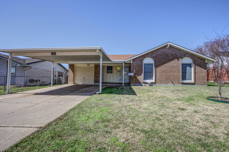 11583 E 8th Street Property Photo