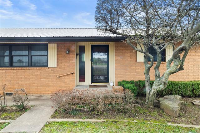 6975 S 241st Avenue Property Photo 6