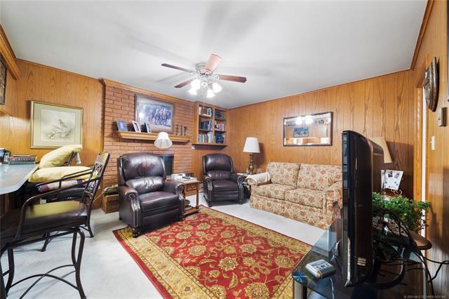 6975 S 241st Avenue Property Photo 31