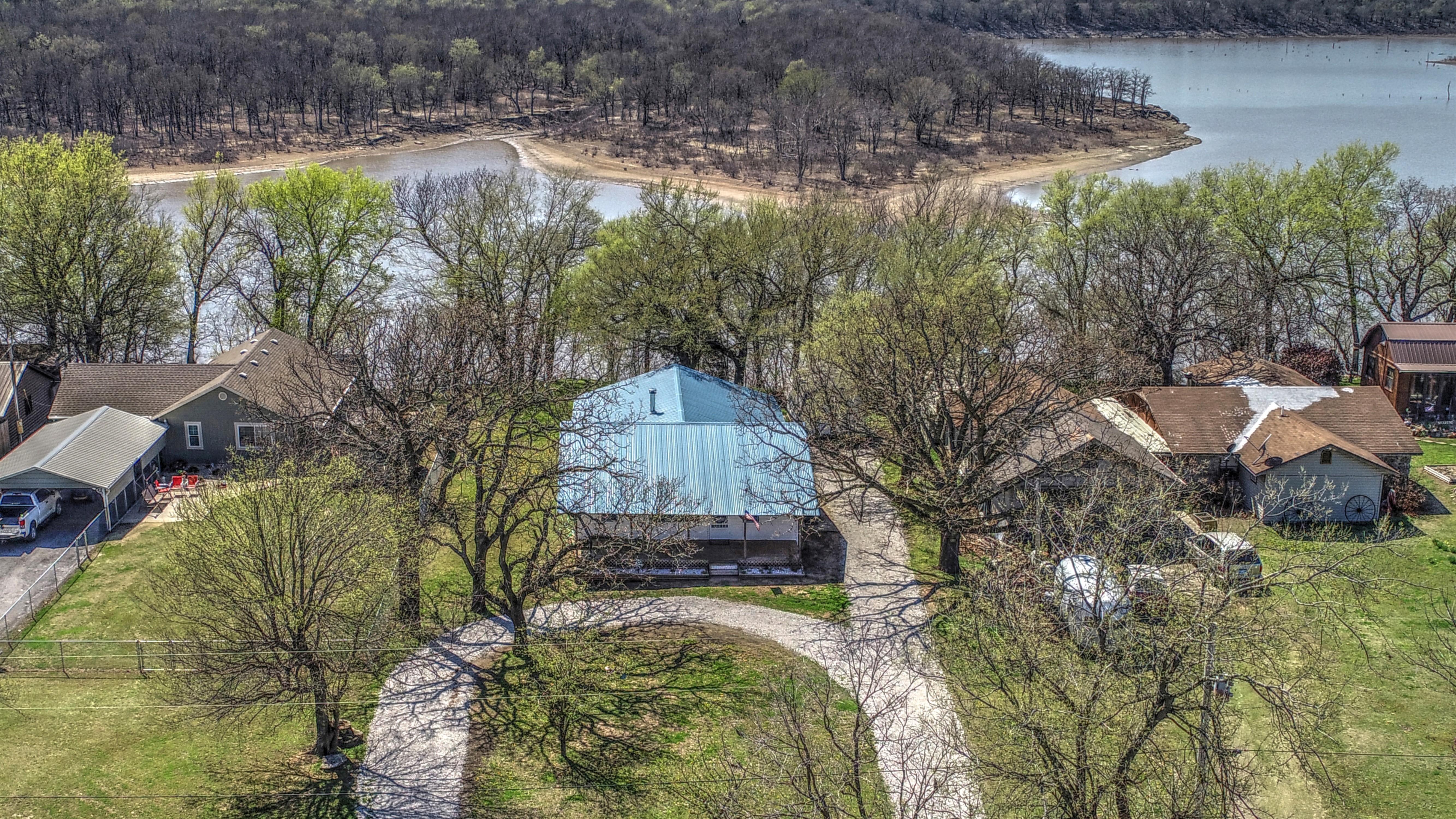 4232 S Cedar Lane Property Photo