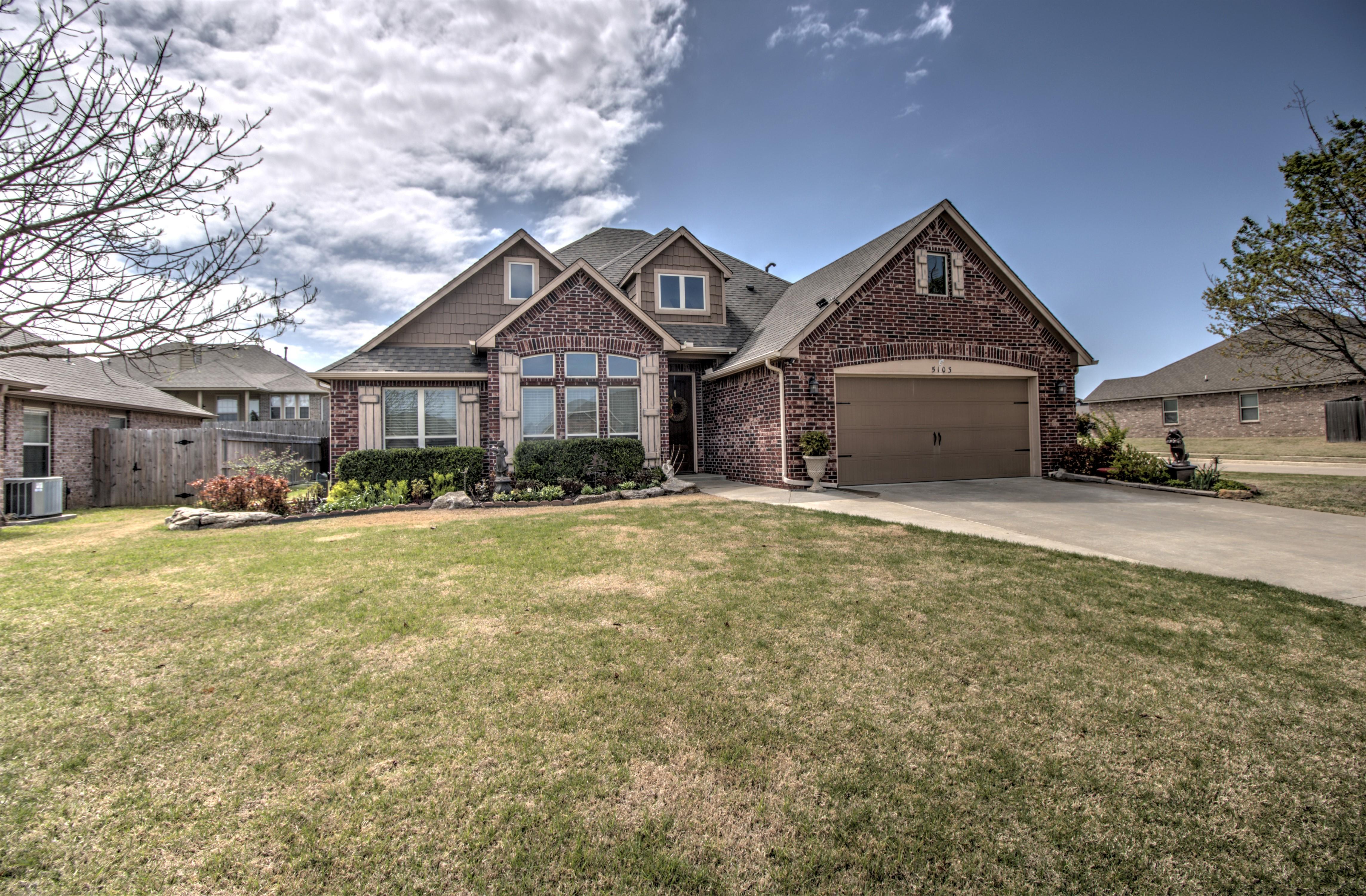 5103 E Dallas Place Property Photo