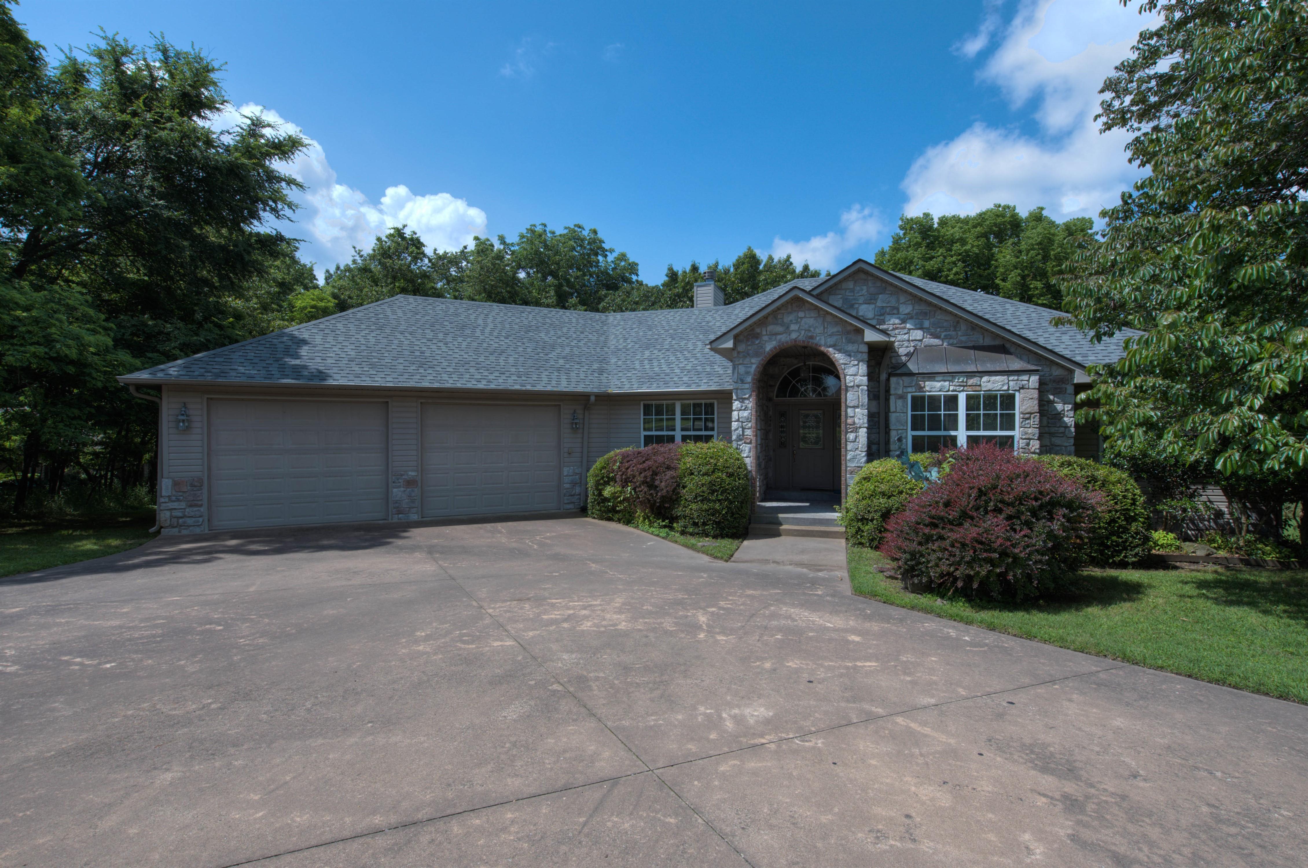 451499 Bluebird Lane Property Photo 1