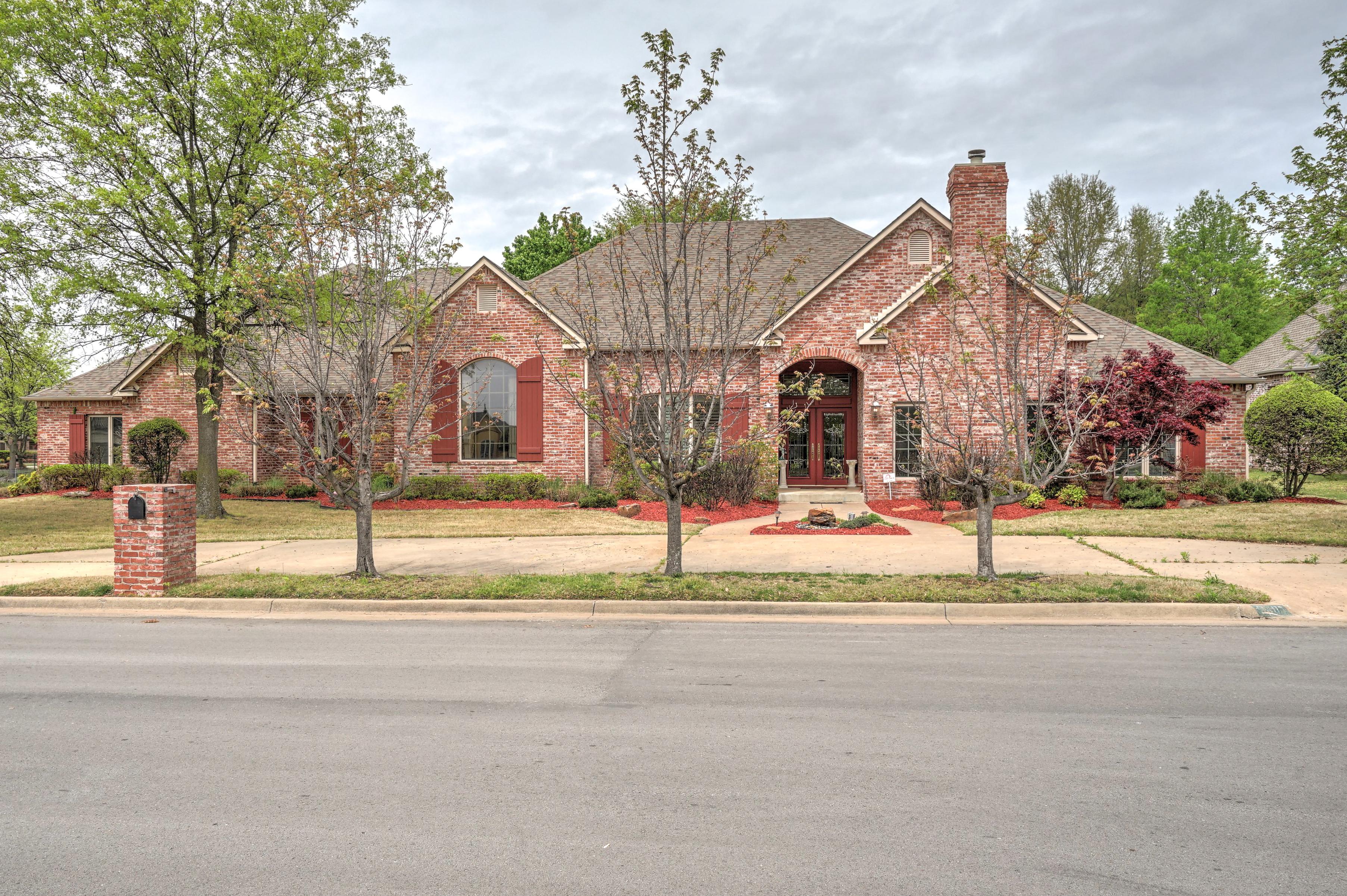 5407 E 120th Street Property Photo 2