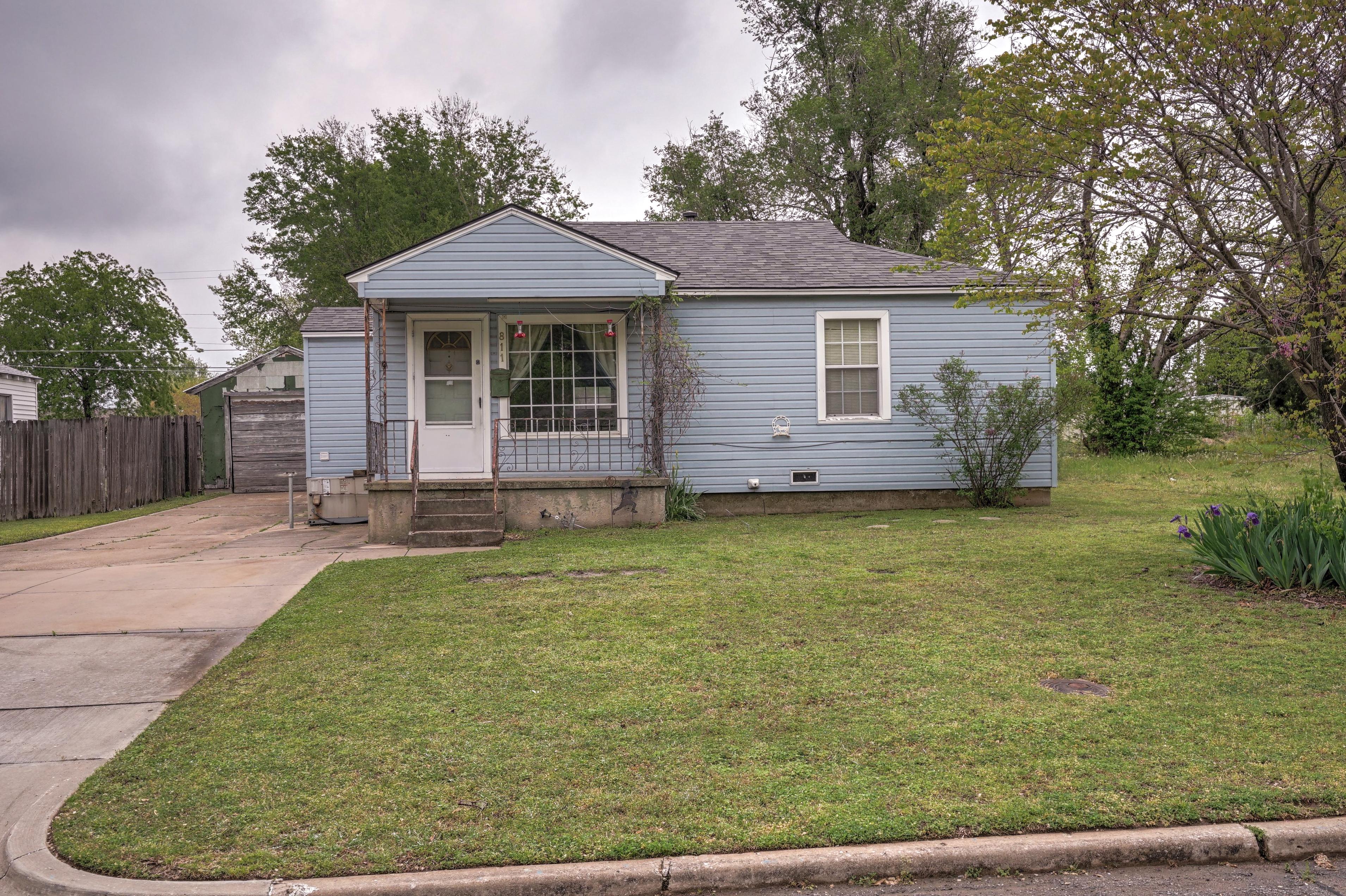 811 N Norwood Avenue Property Photo 1