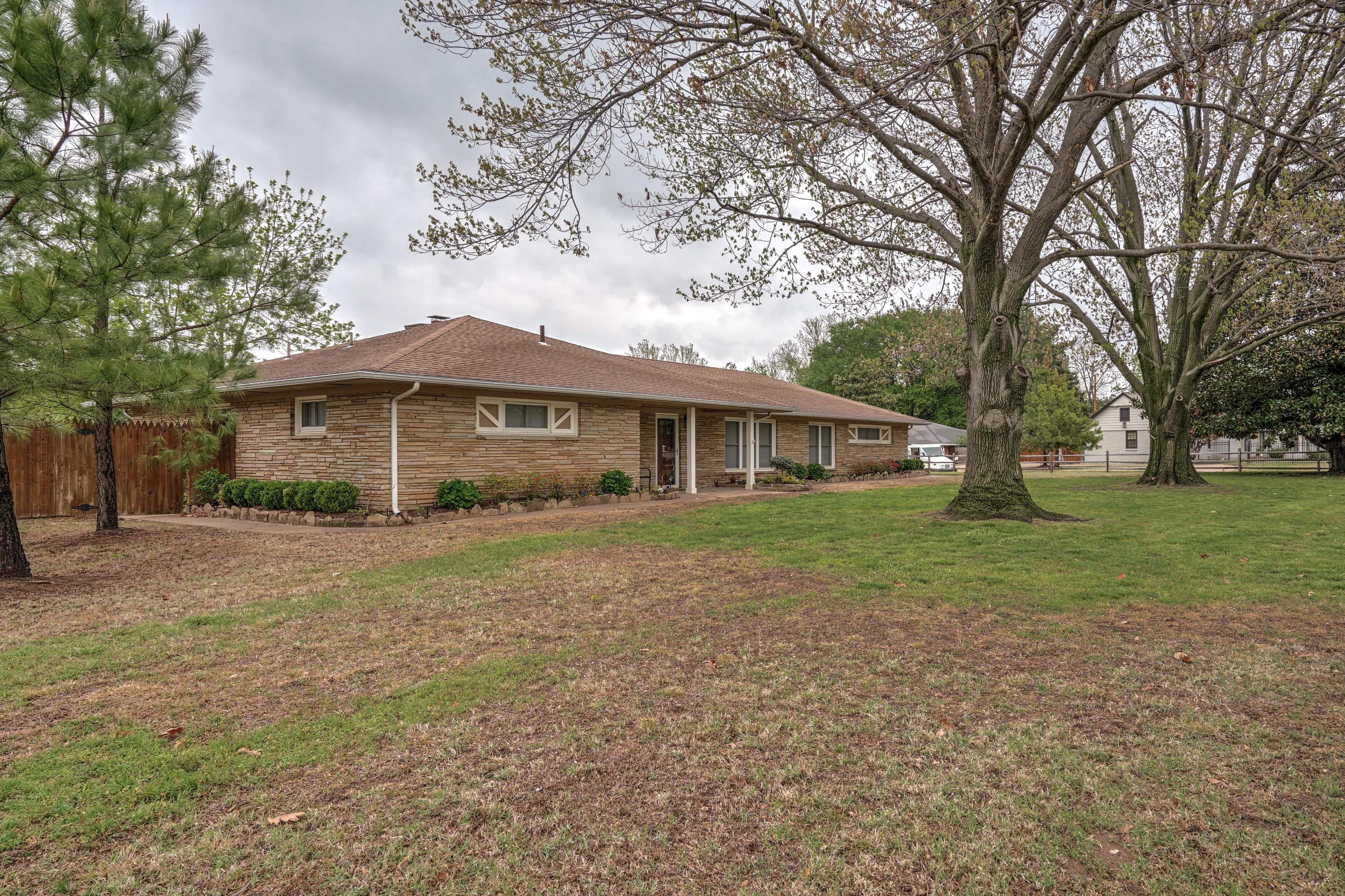 4048 S Birmingham Avenue Property Photo 4