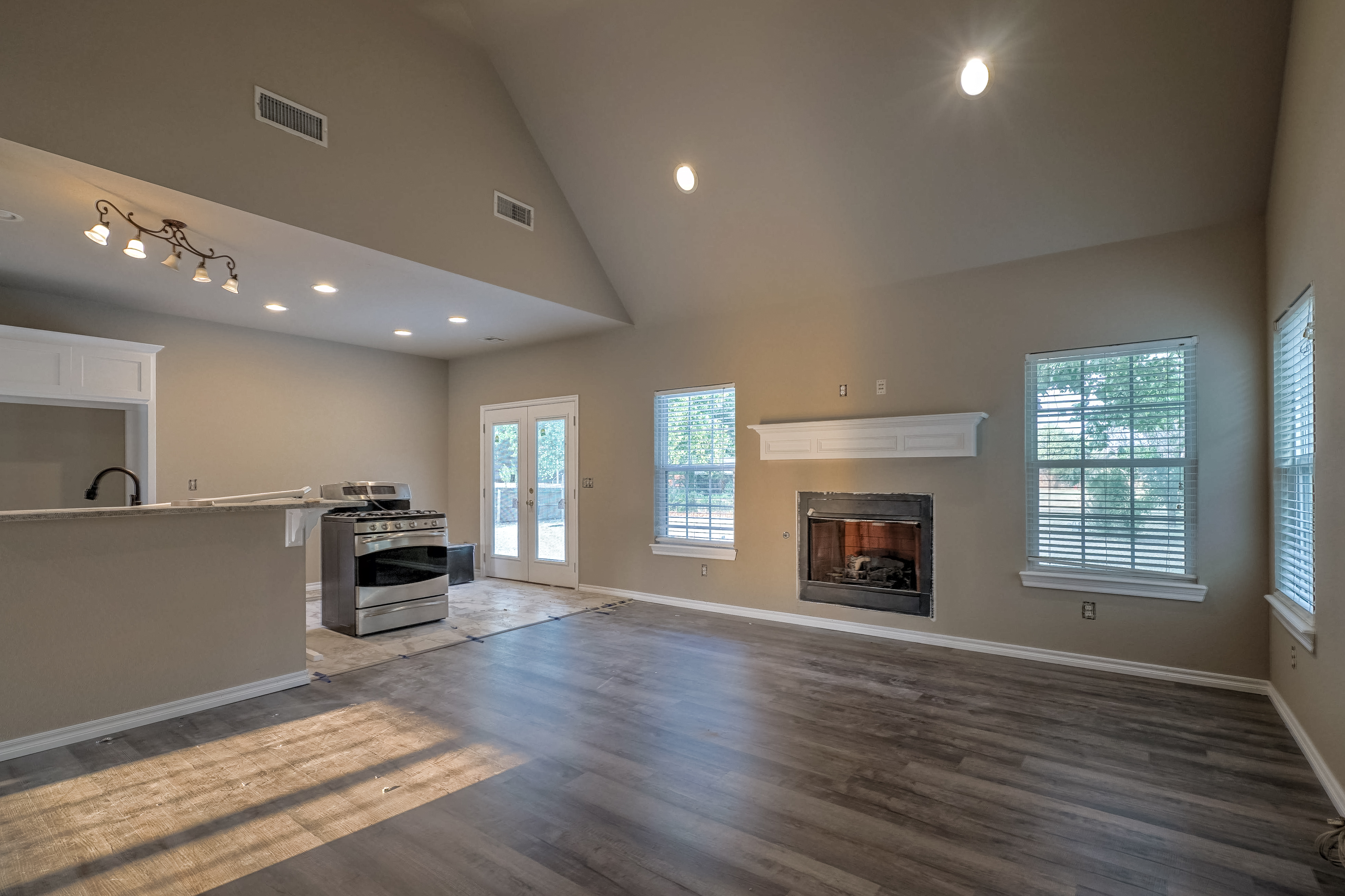 1824 S 147th West Avenue Property Photo 9
