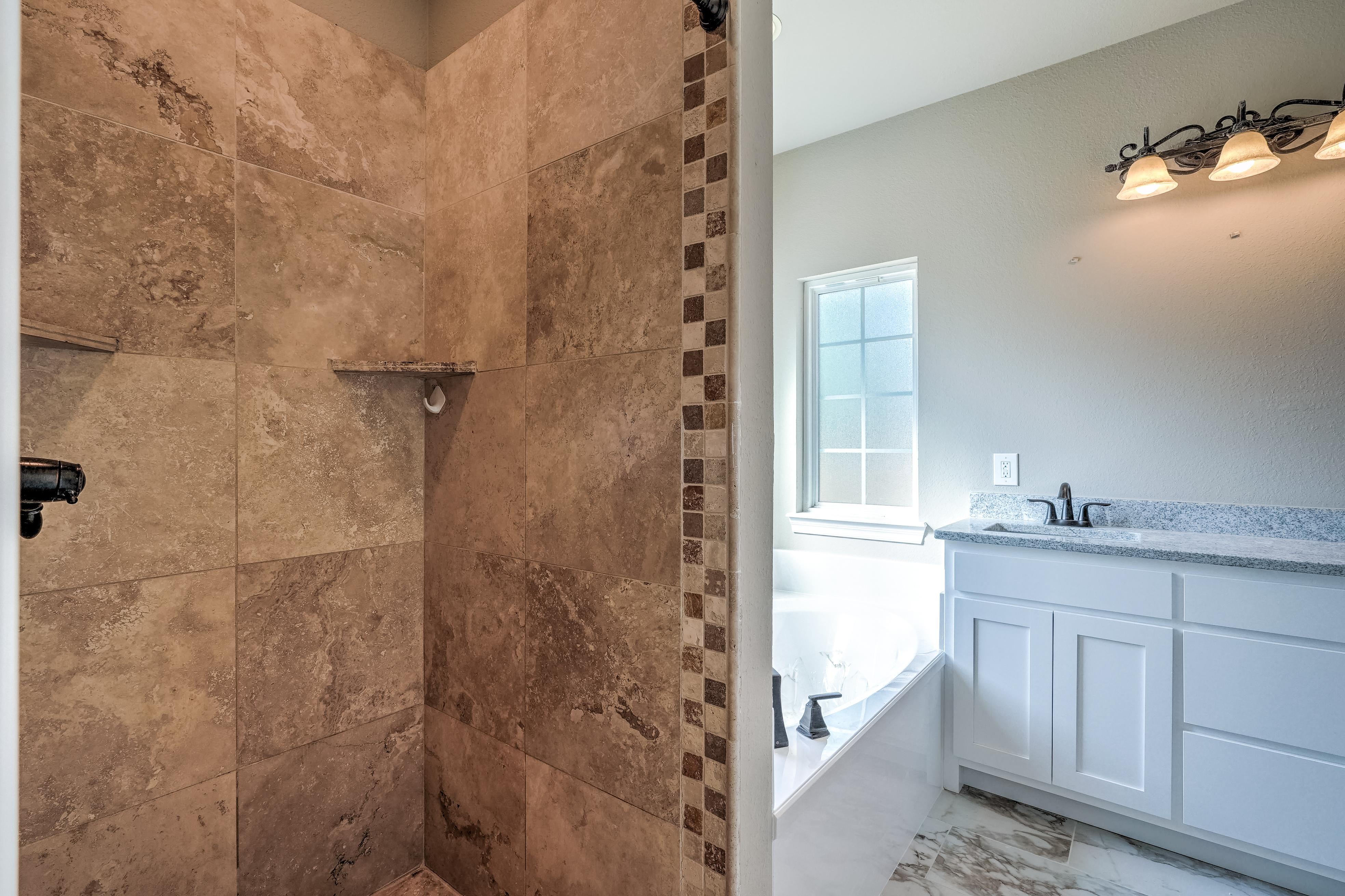 1824 S 147th West Avenue Property Photo 18