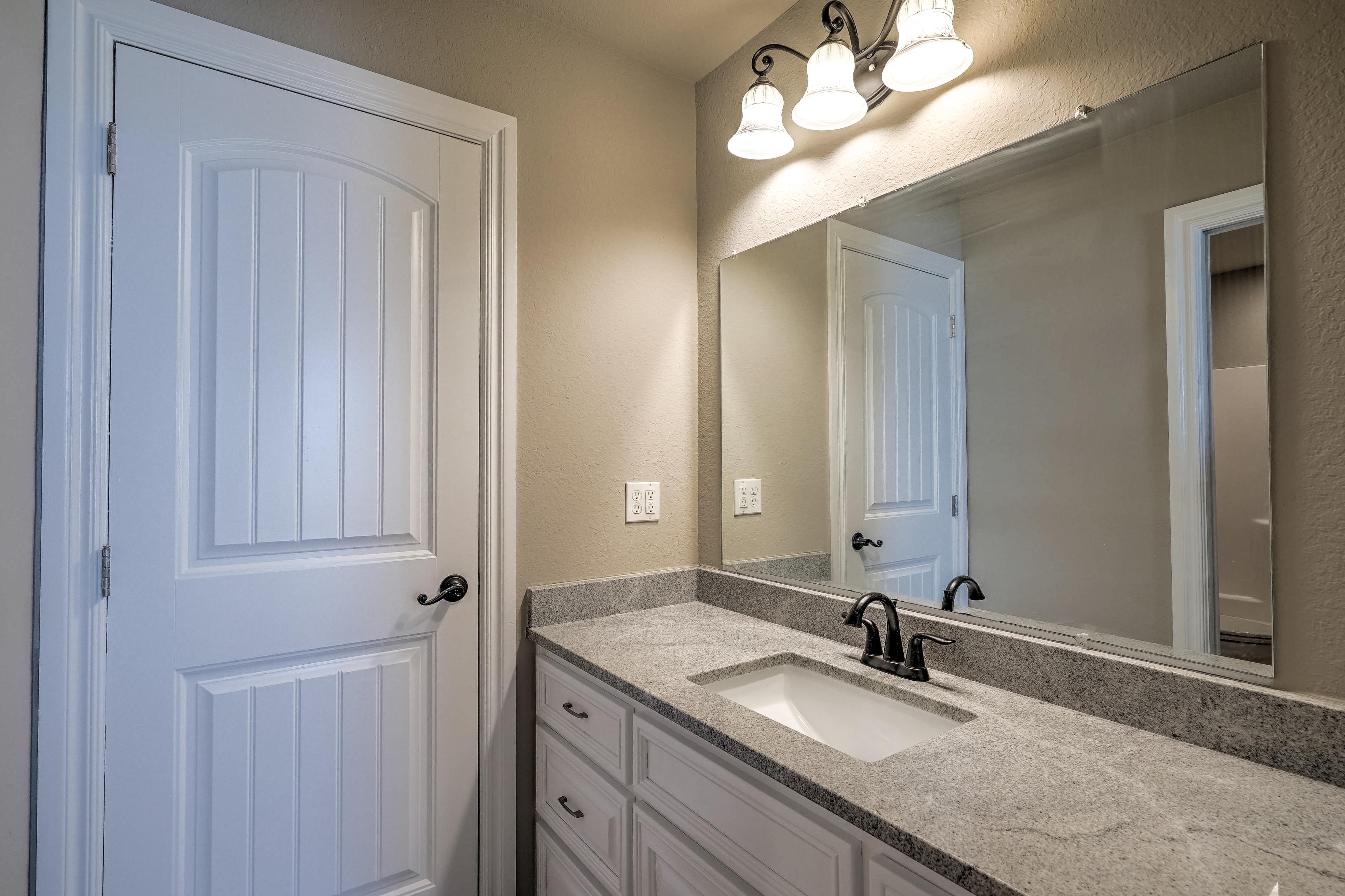 1824 S 147th West Avenue Property Photo 26
