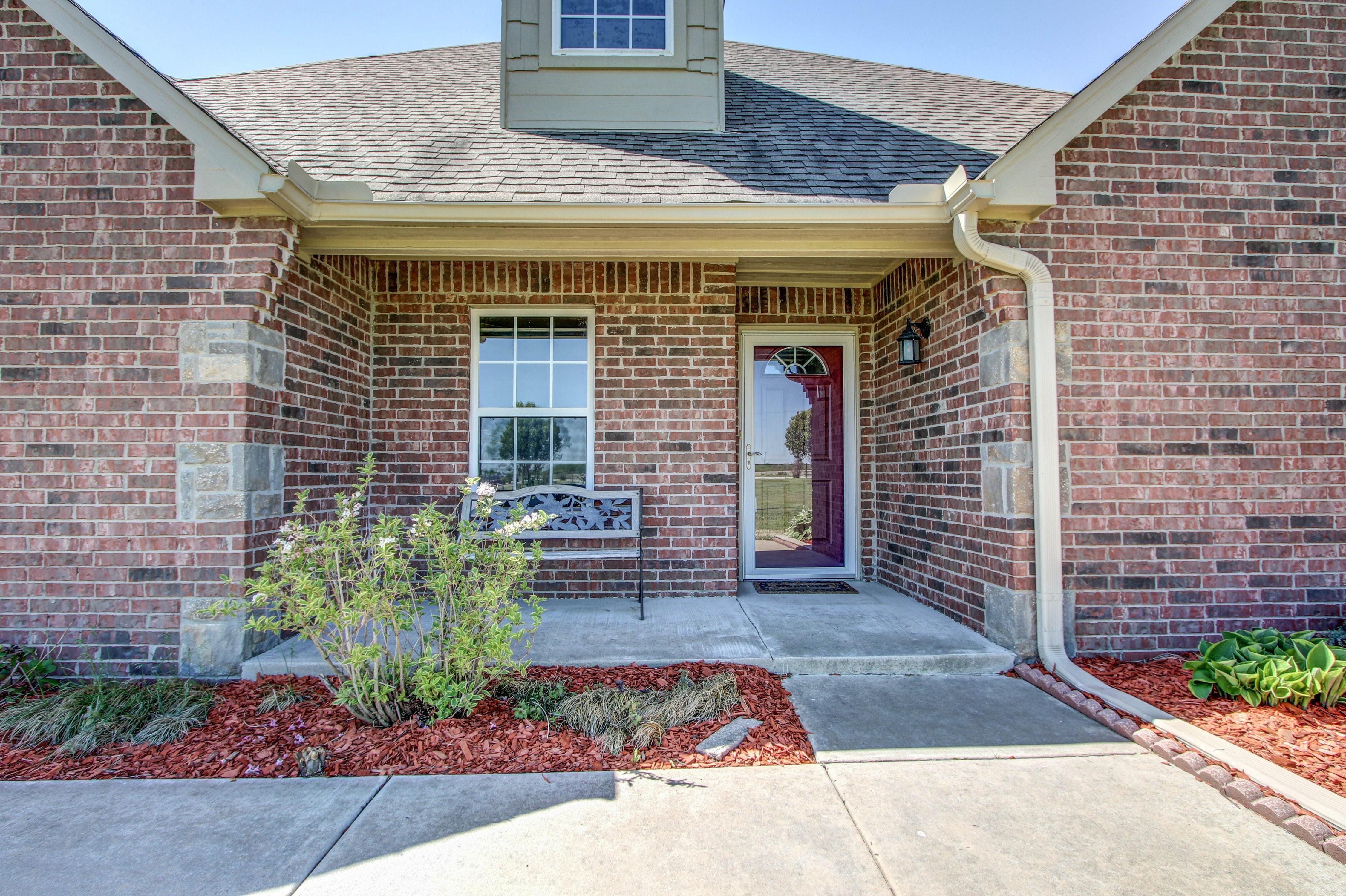 6200 E 340 Road Property Photo 3