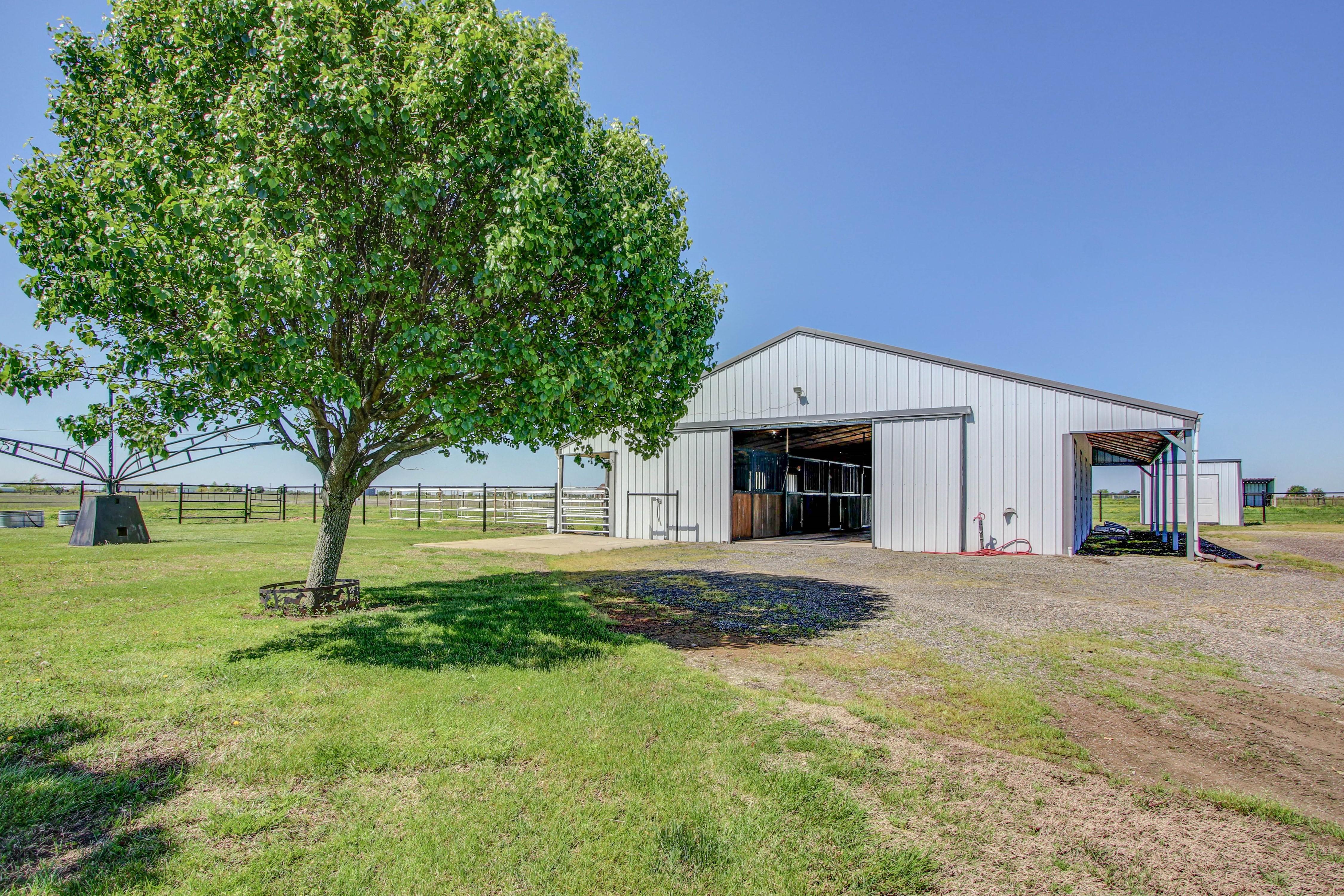 6200 E 340 Road Property Photo 28