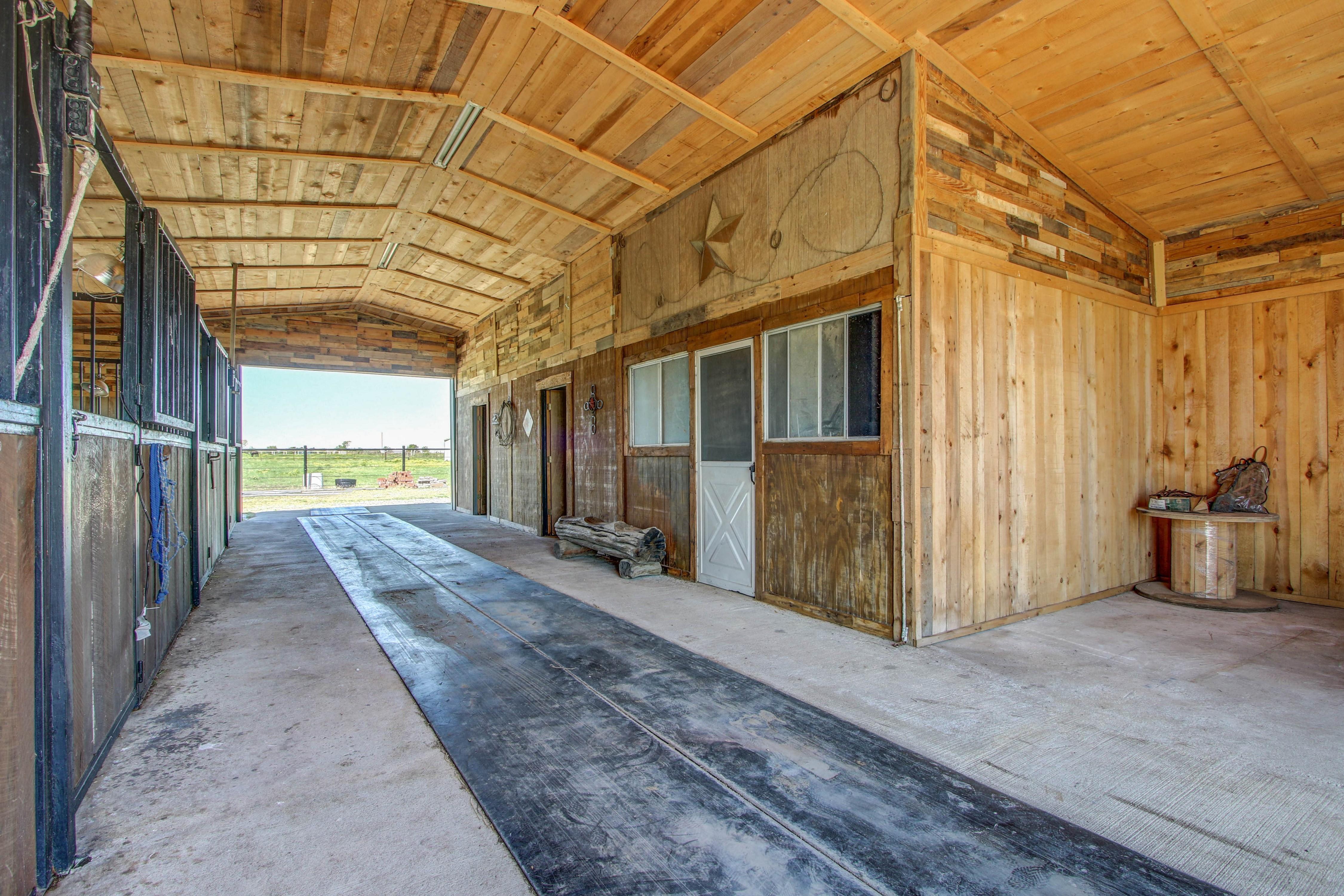 6200 E 340 Road Property Photo 29