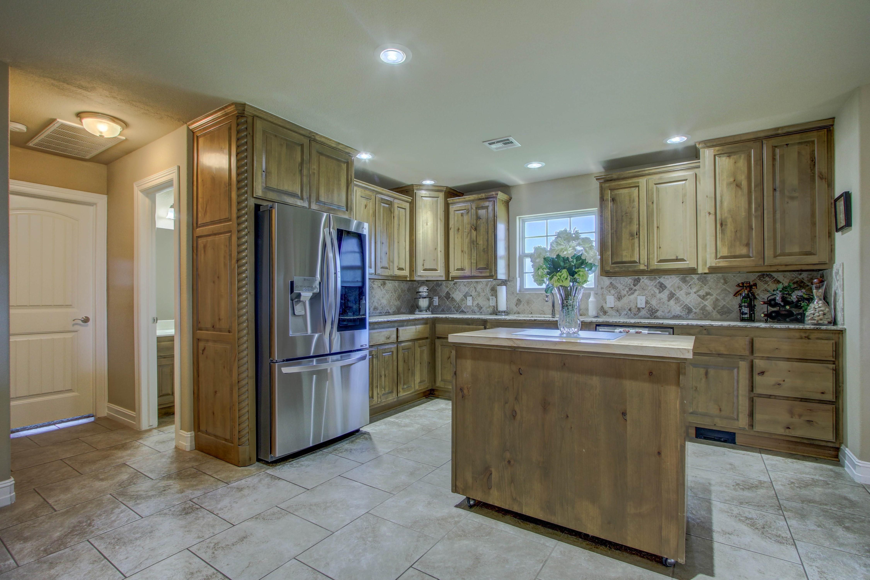 6200 E 340 Road Property Photo 9