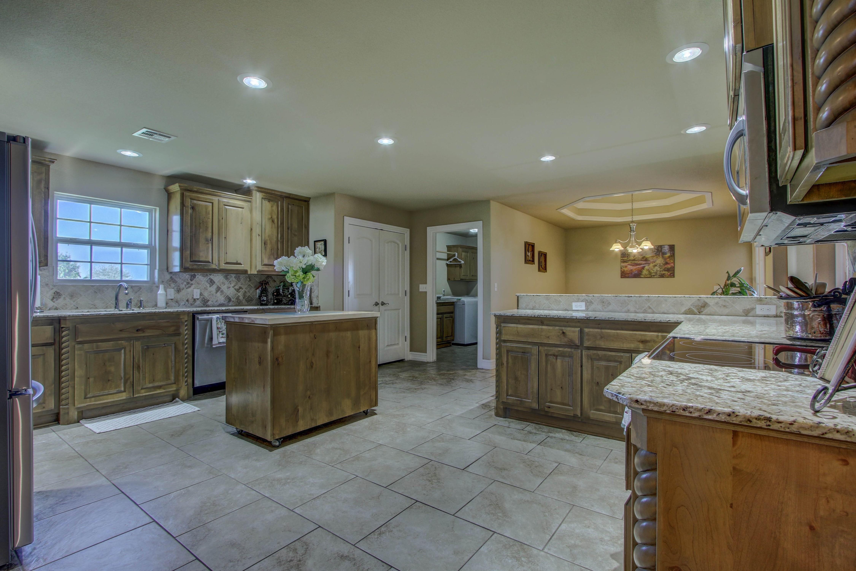 6200 E 340 Road Property Photo 8