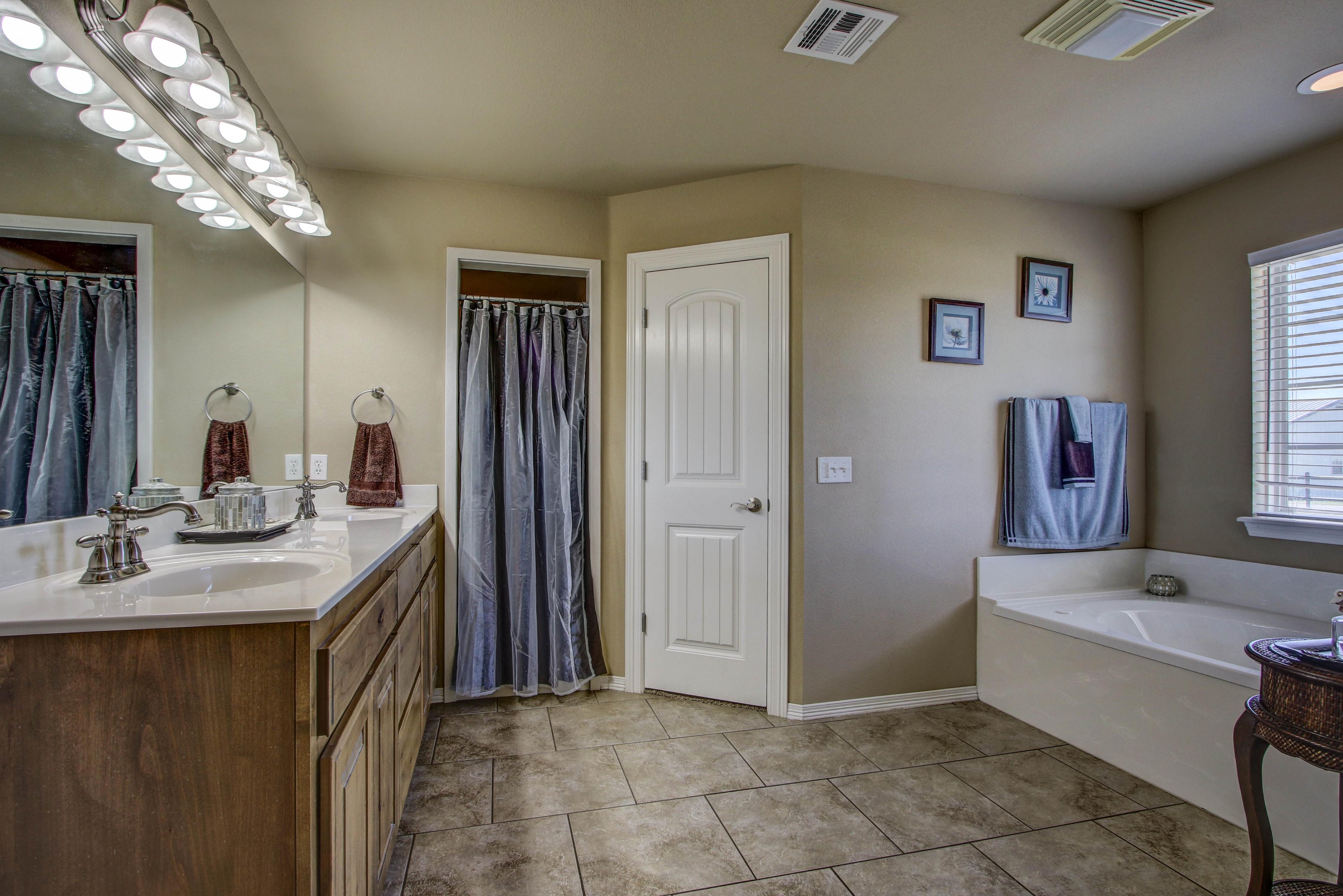 6200 E 340 Road Property Photo 16
