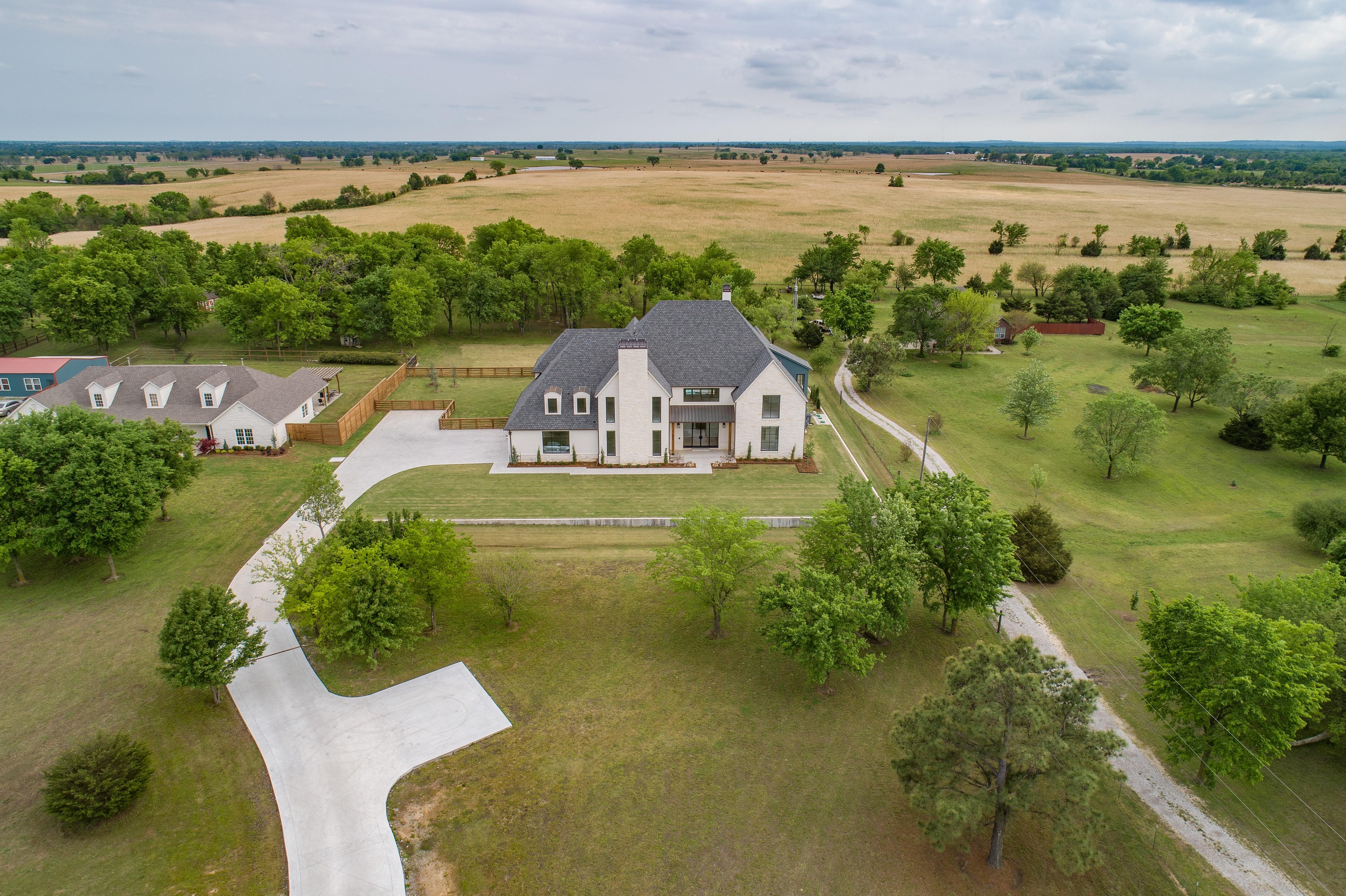 16288 E 590 Road Property Photo 10