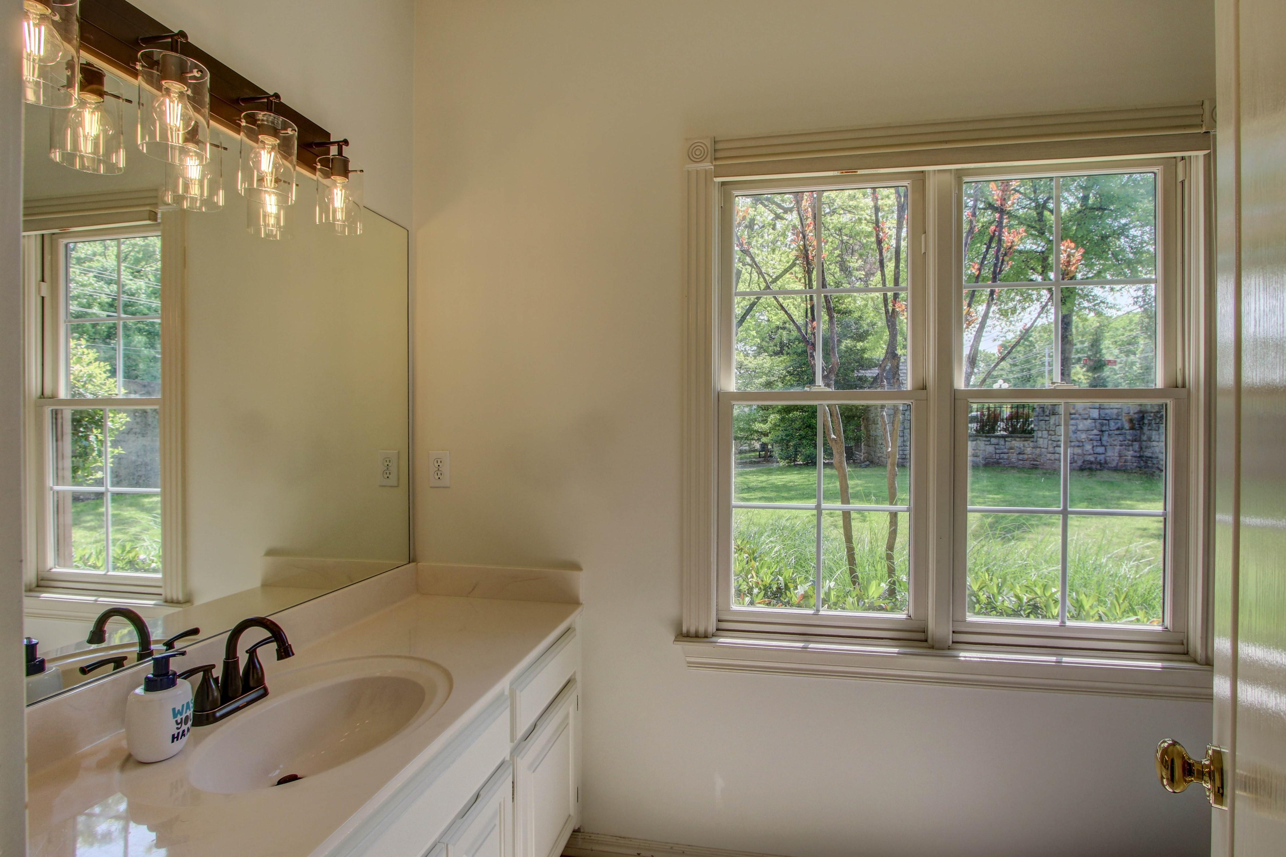 8024 S Darlington Avenue Property Photo 22