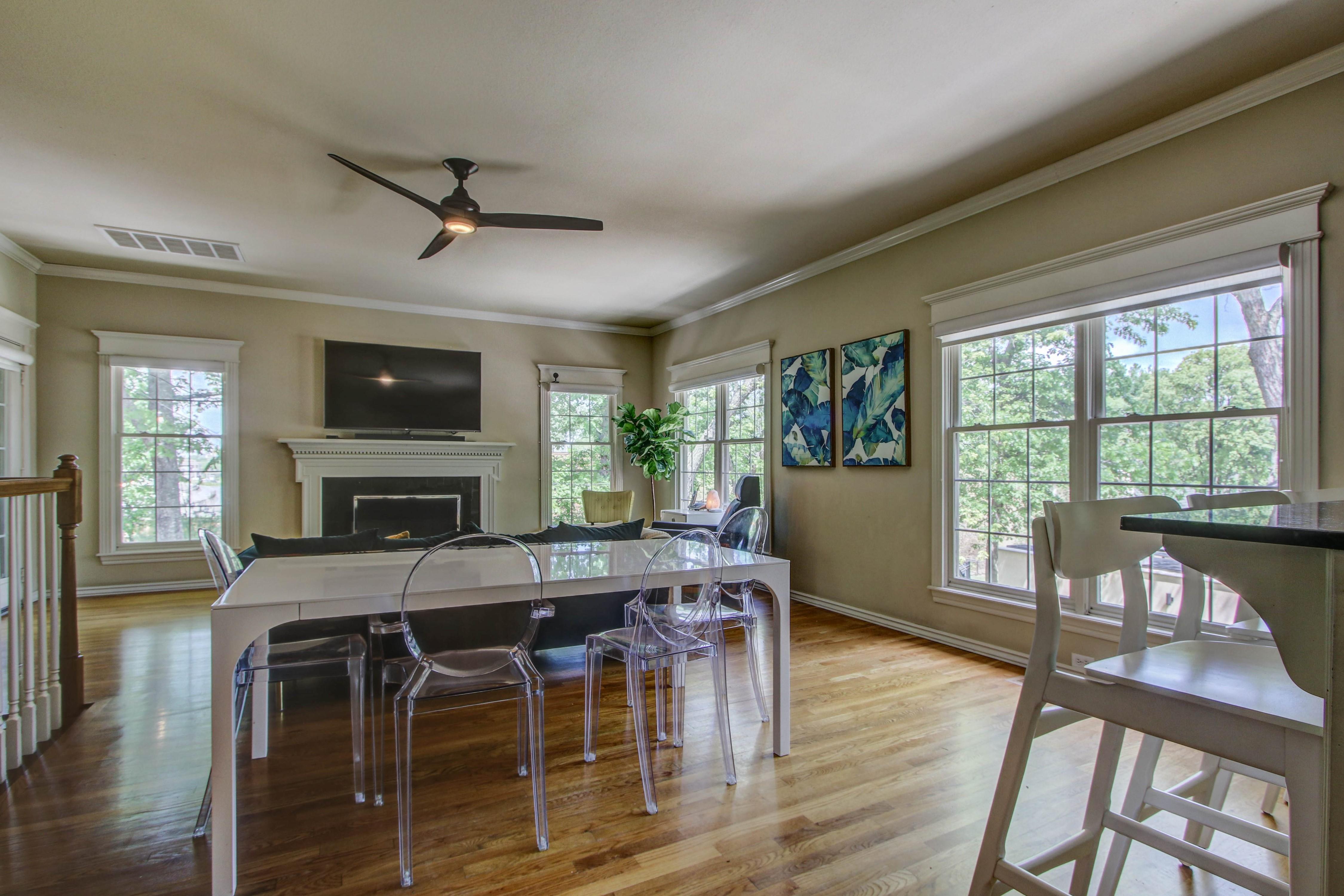 8024 S Darlington Avenue Property Photo 12