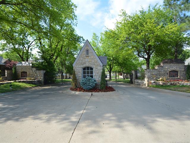 8024 S Darlington Avenue Property Photo 37