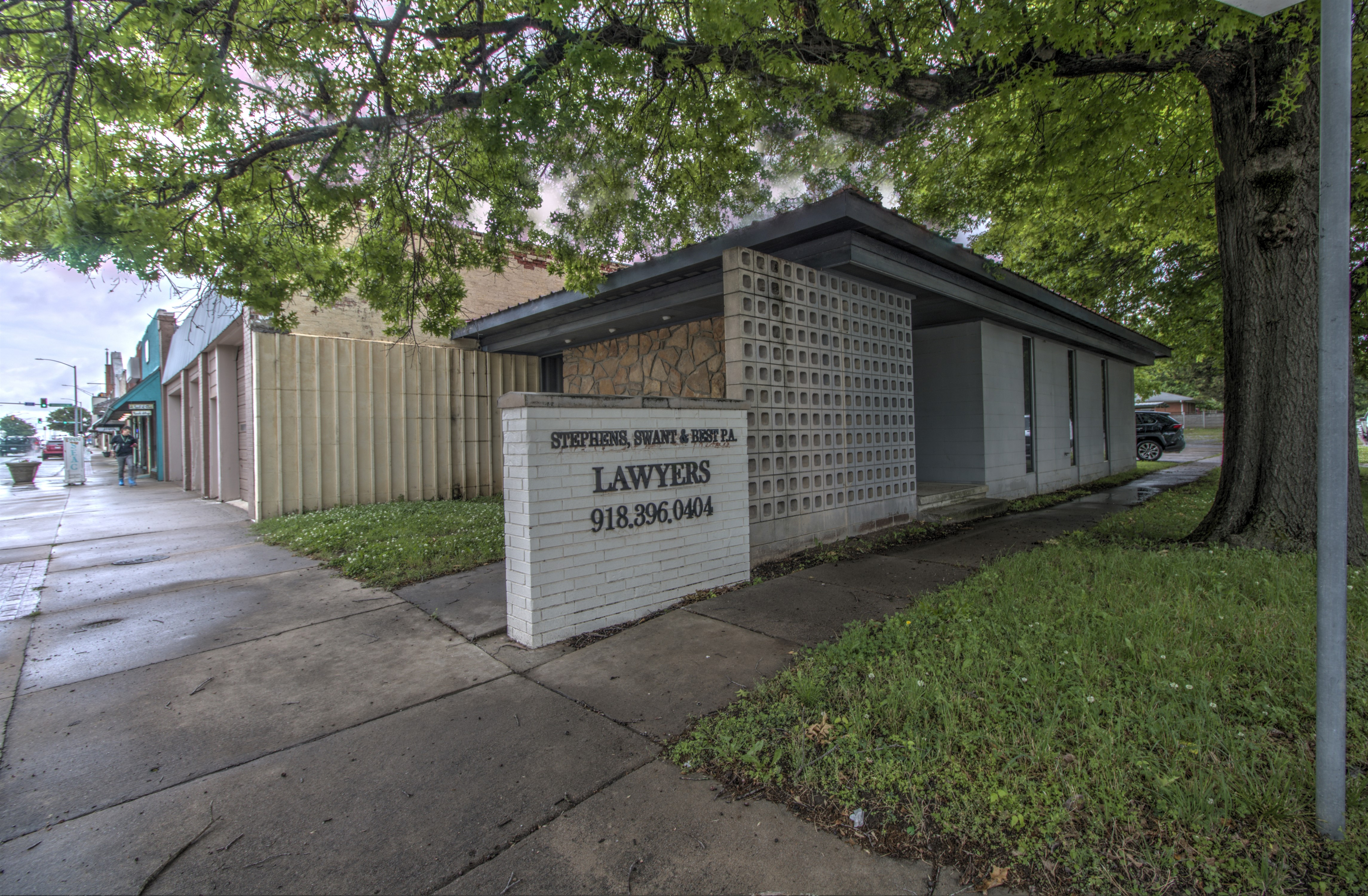 323 E Rogers Boulevard Property Photo 1