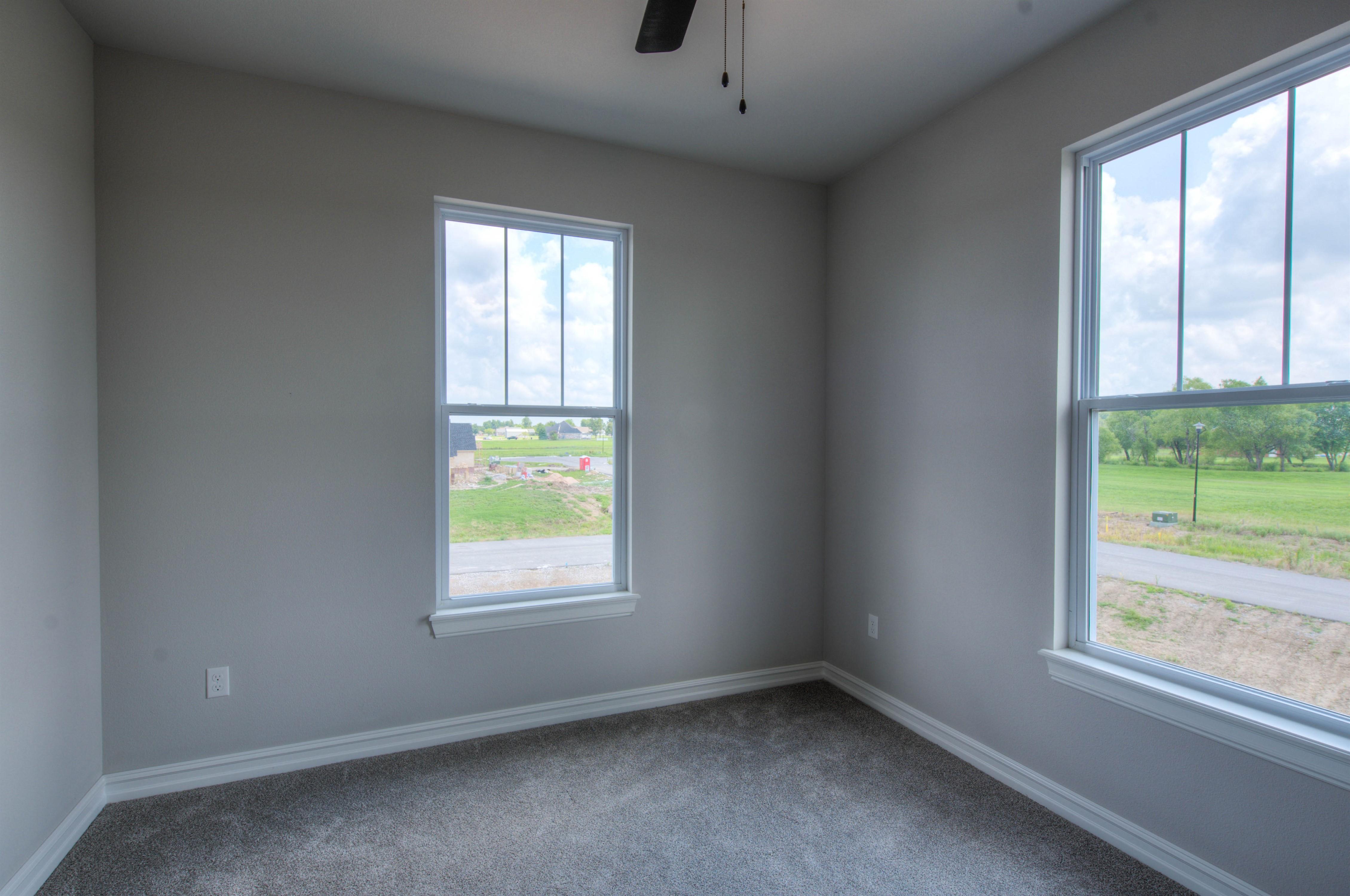 15850 E 107th Street North Property Photo 32
